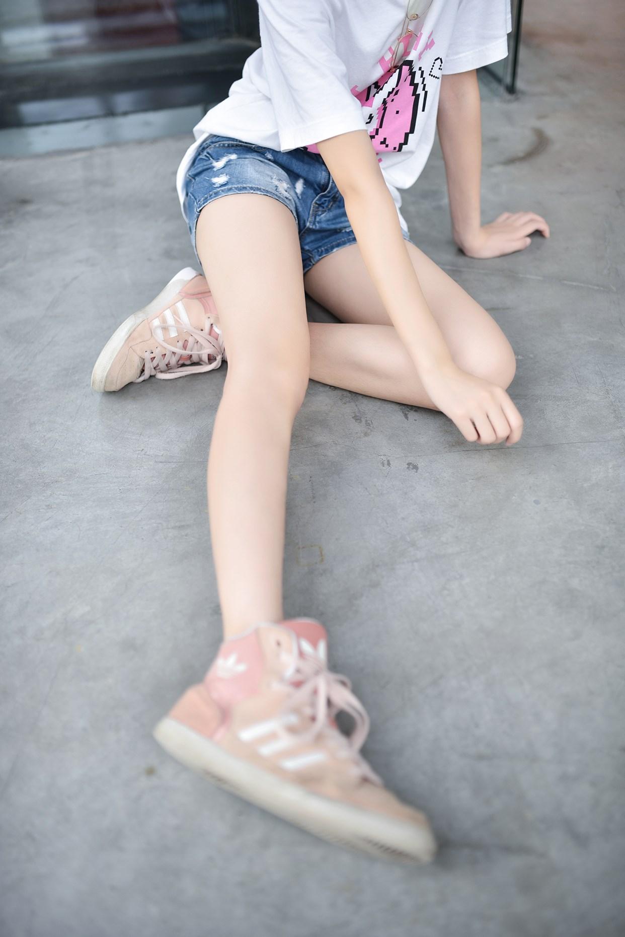 【兔玩映画】短发妹子的小细腿 兔玩映画 第23张