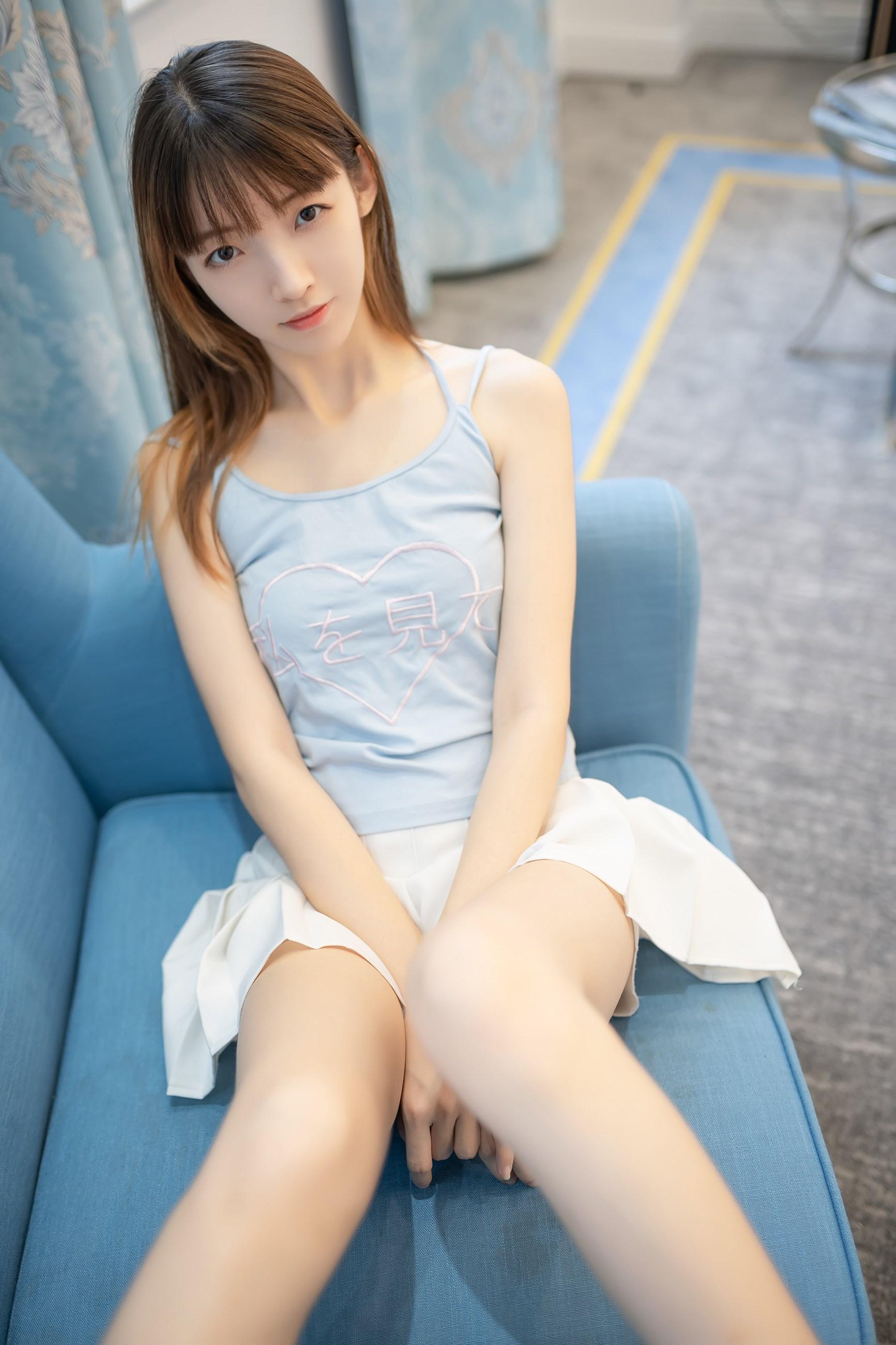 【兔玩映画】白裙果腿少女 兔玩映画 第1张