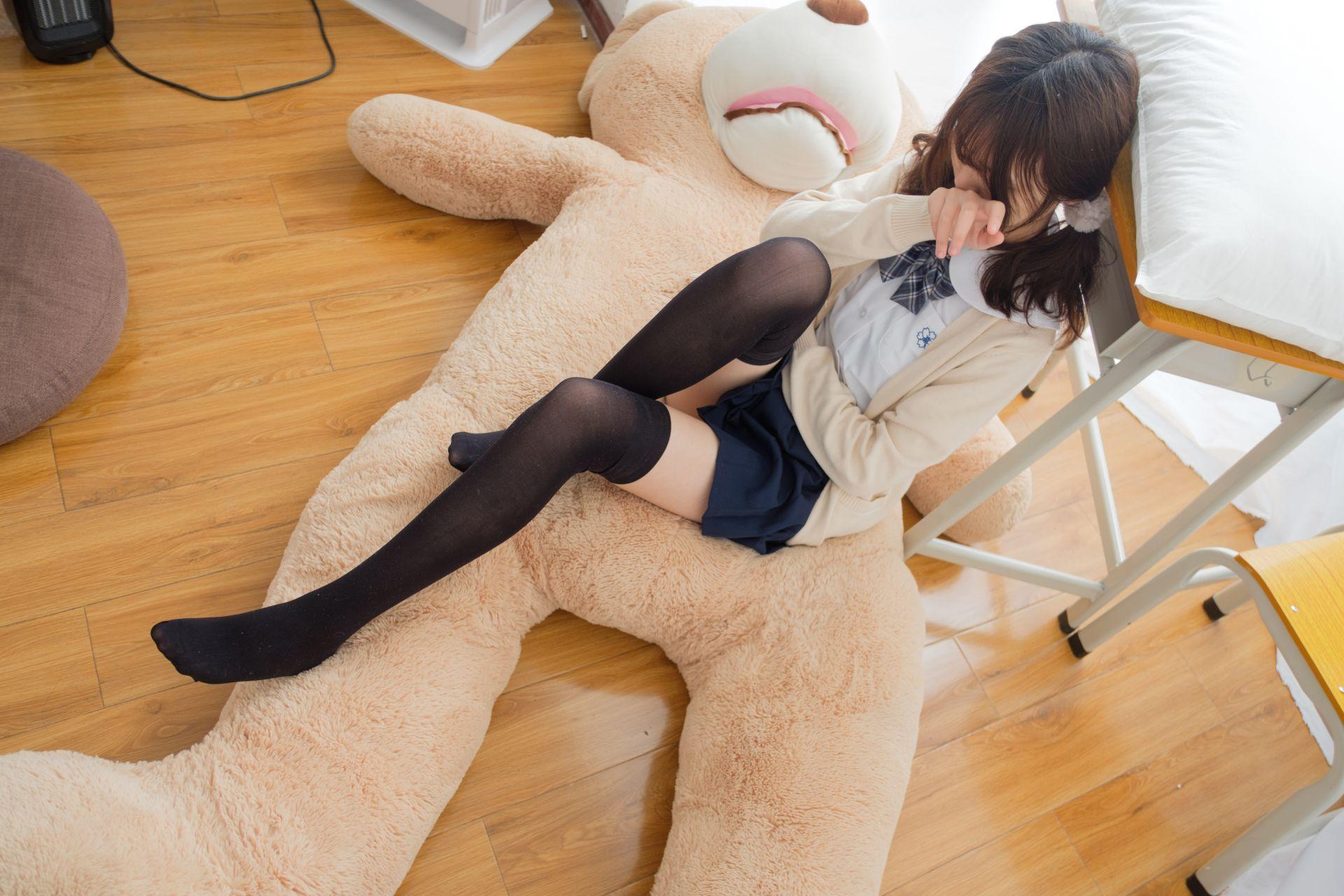 """【喵写真】 喵写真 – PR15-002 黑丝萝莉与""""熊"""" [90P-1V-768MB] 喵写真 第5张"""
