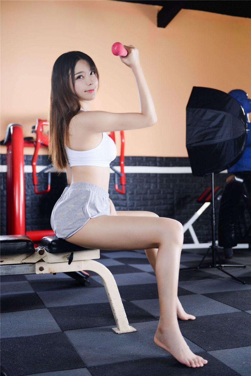【风之领域】风之领域写真 NO.199 健身房里的性感美女 [42P-836MB] 风之领域 第1张