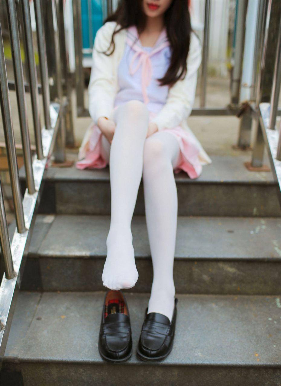 【风之领域】风之领域写真 NO.191 公园里的可爱粉色JK白袜 [34P-660MB] 风之领域 第1张