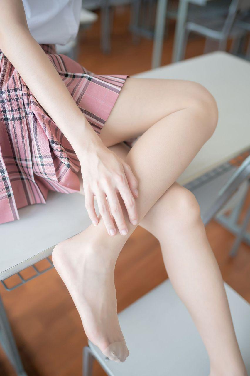 【风之领域】风之领域写真 NO.114 教室里的粉色短裙少女 [49P-123MB] 风之领域 第3张