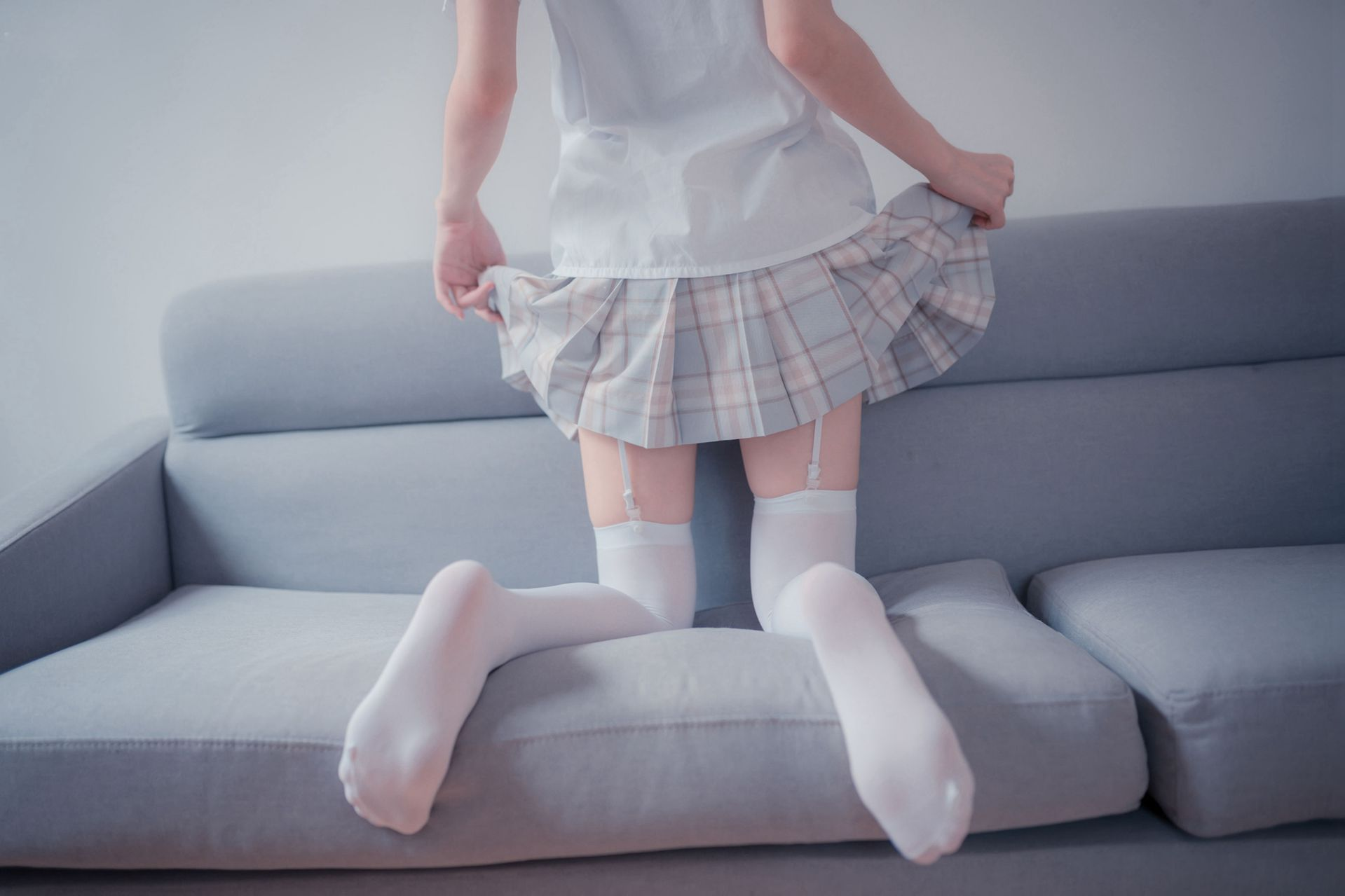 【风之领域】风之领域写真 NO.065 经典格子短裙吊带白丝 [46P-221MB] 风之领域 第3张