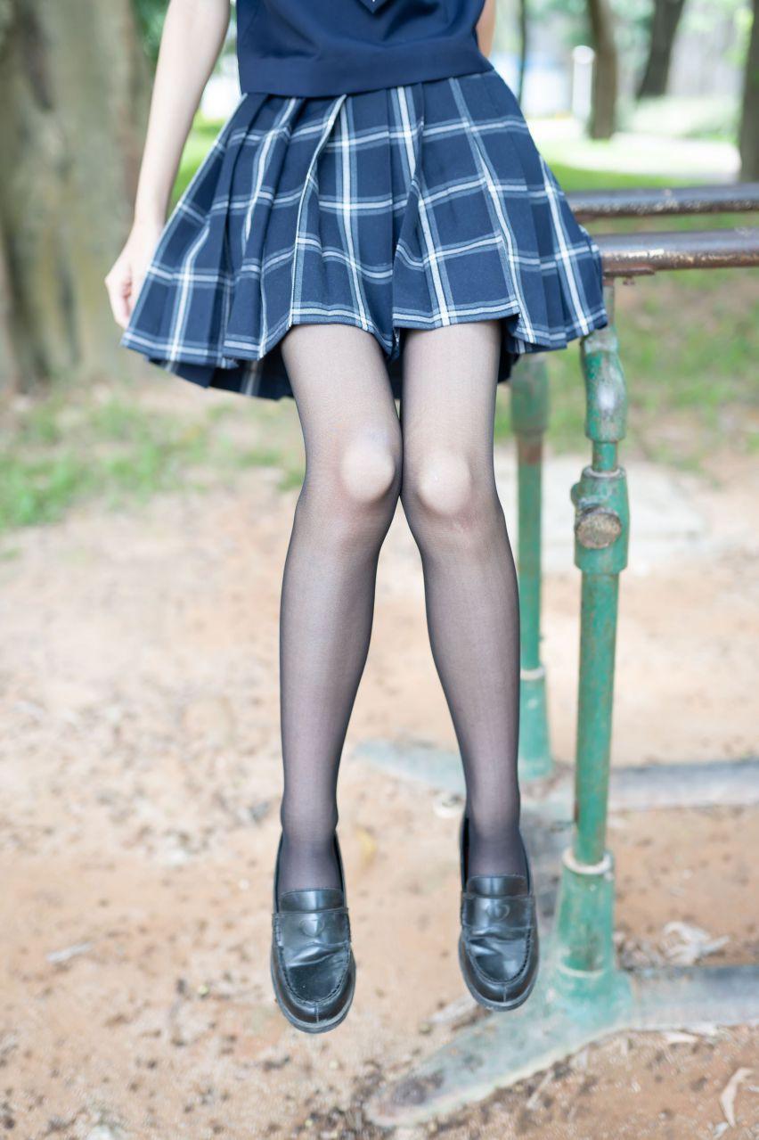【风之领域】风之领域写真 NO.059 公园里的制服少女 [50P-220MB] 风之领域 第1张