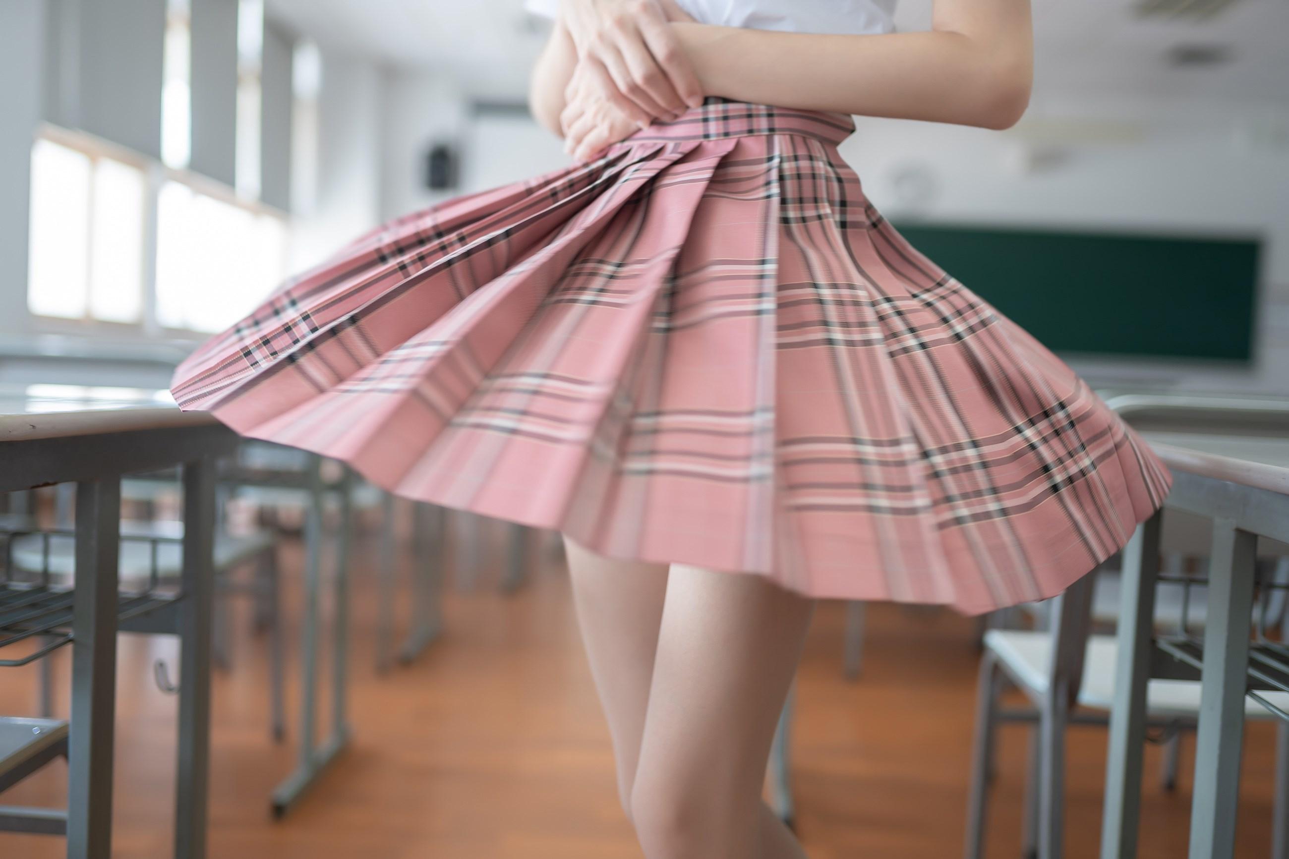 【兔玩映画】粉色格裙少女 兔玩映画 第49张