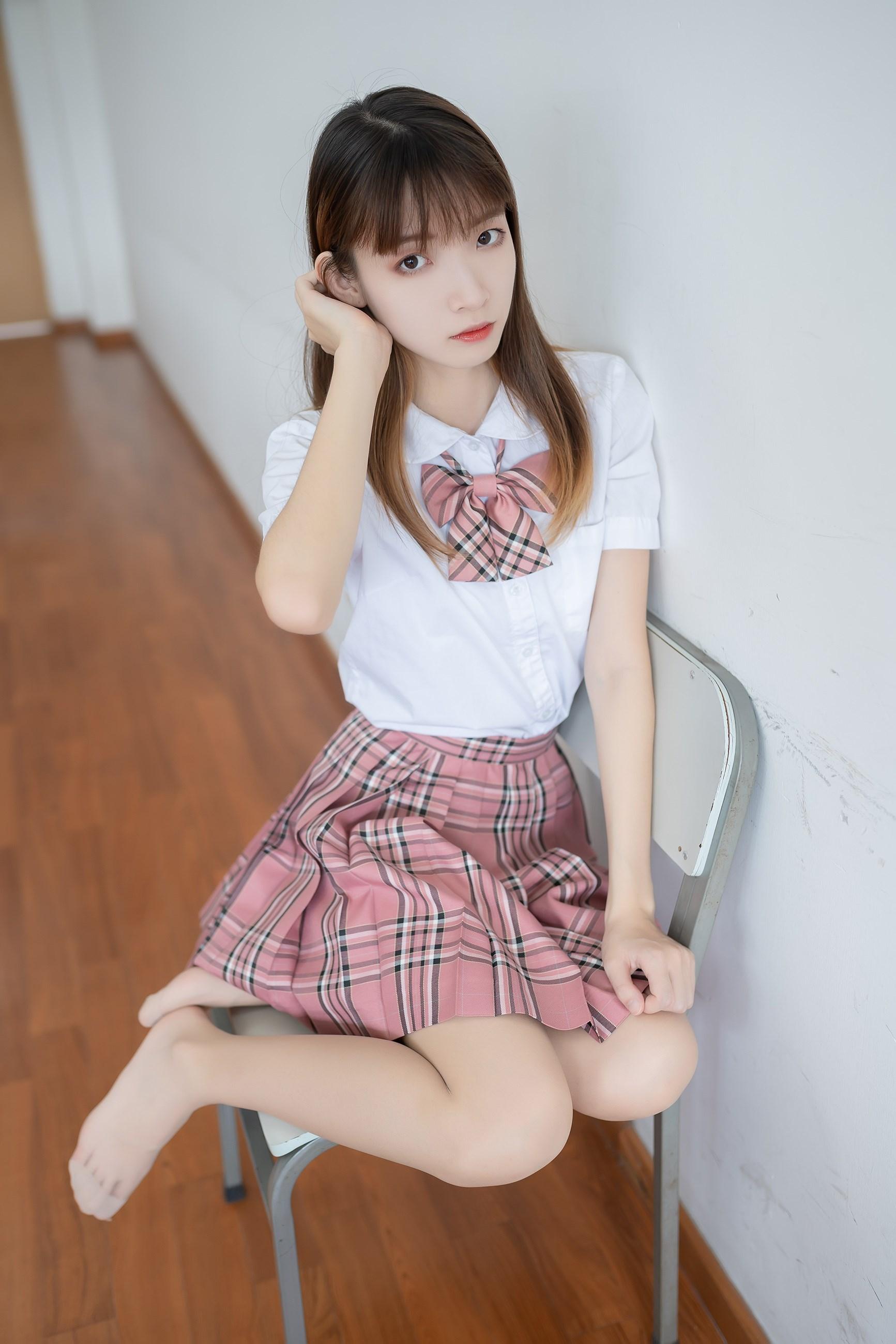 【兔玩映画】粉色格裙少女 兔玩映画 第41张