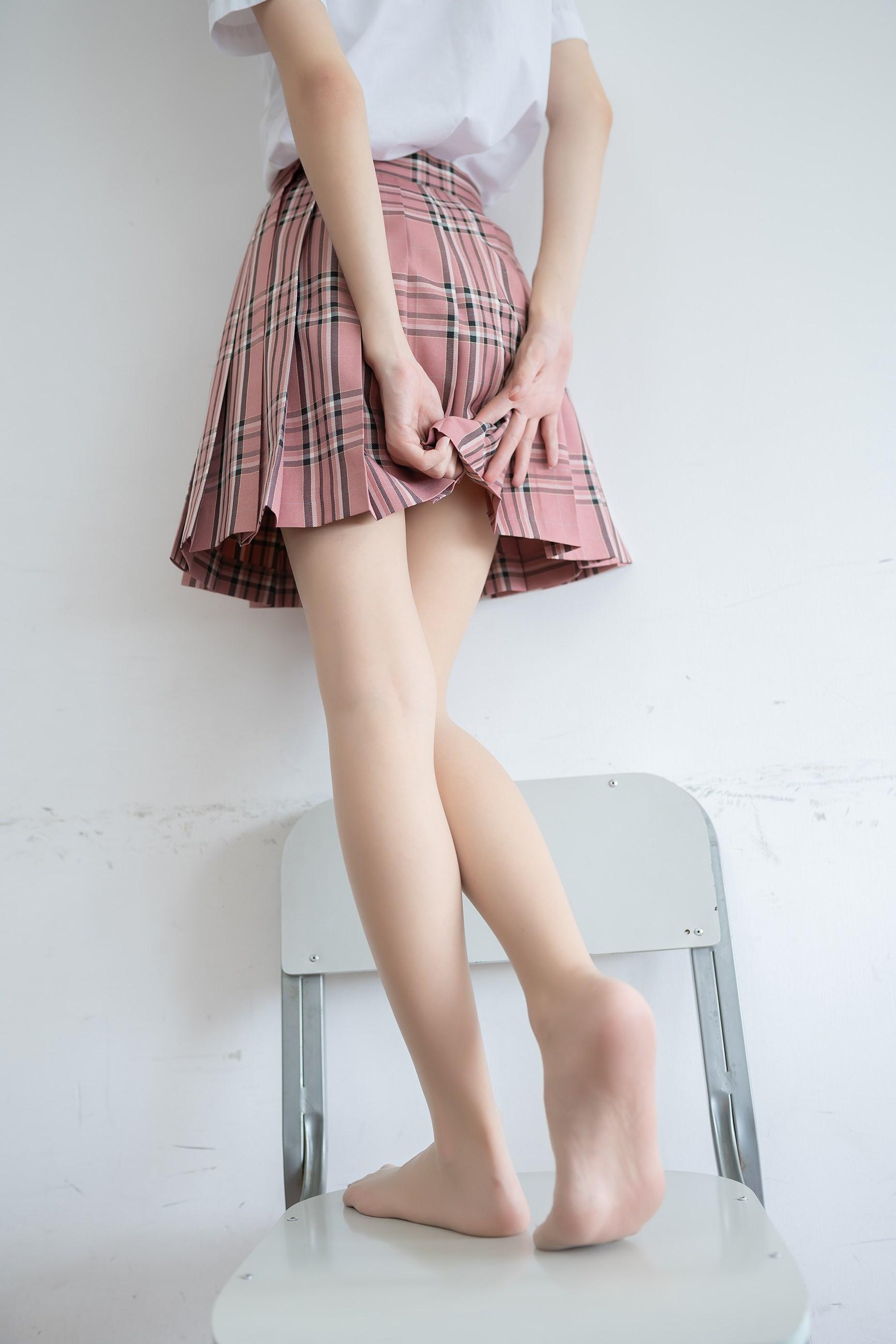 【兔玩映画】粉色格裙少女 兔玩映画 第37张