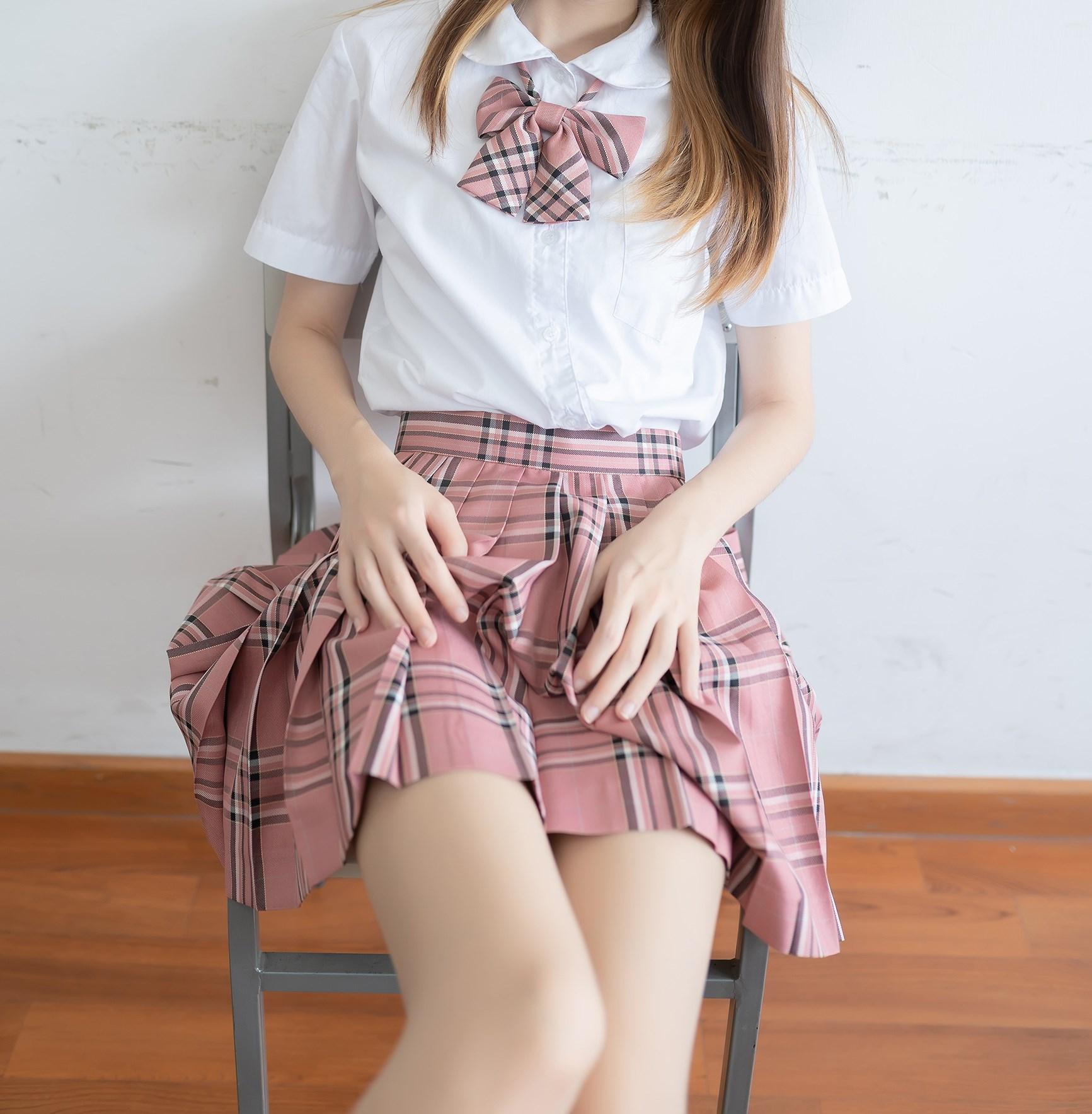 【兔玩映画】粉色格裙少女 兔玩映画 第36张