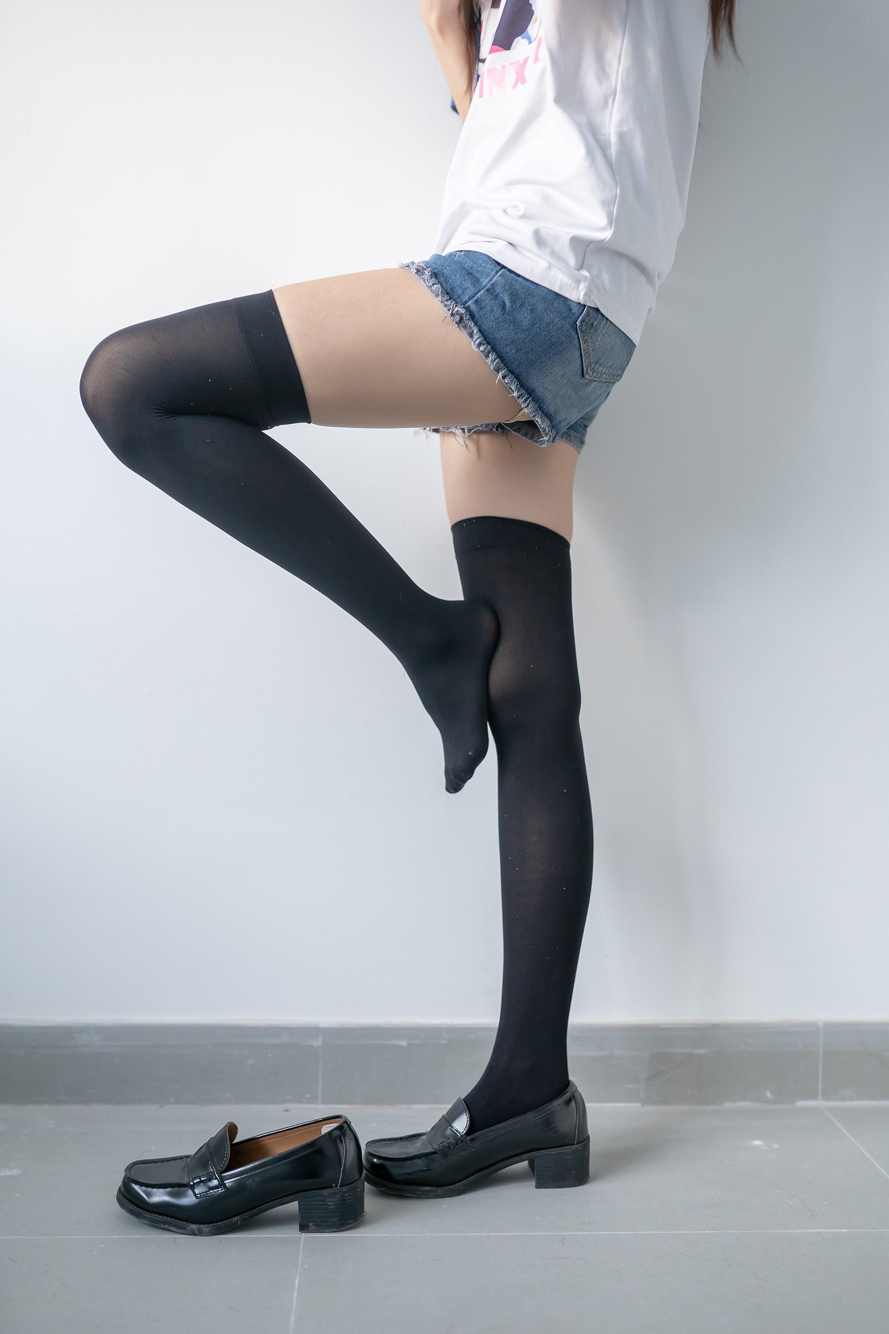 【兔玩映画】黑色半筒袜 兔玩映画 第12张