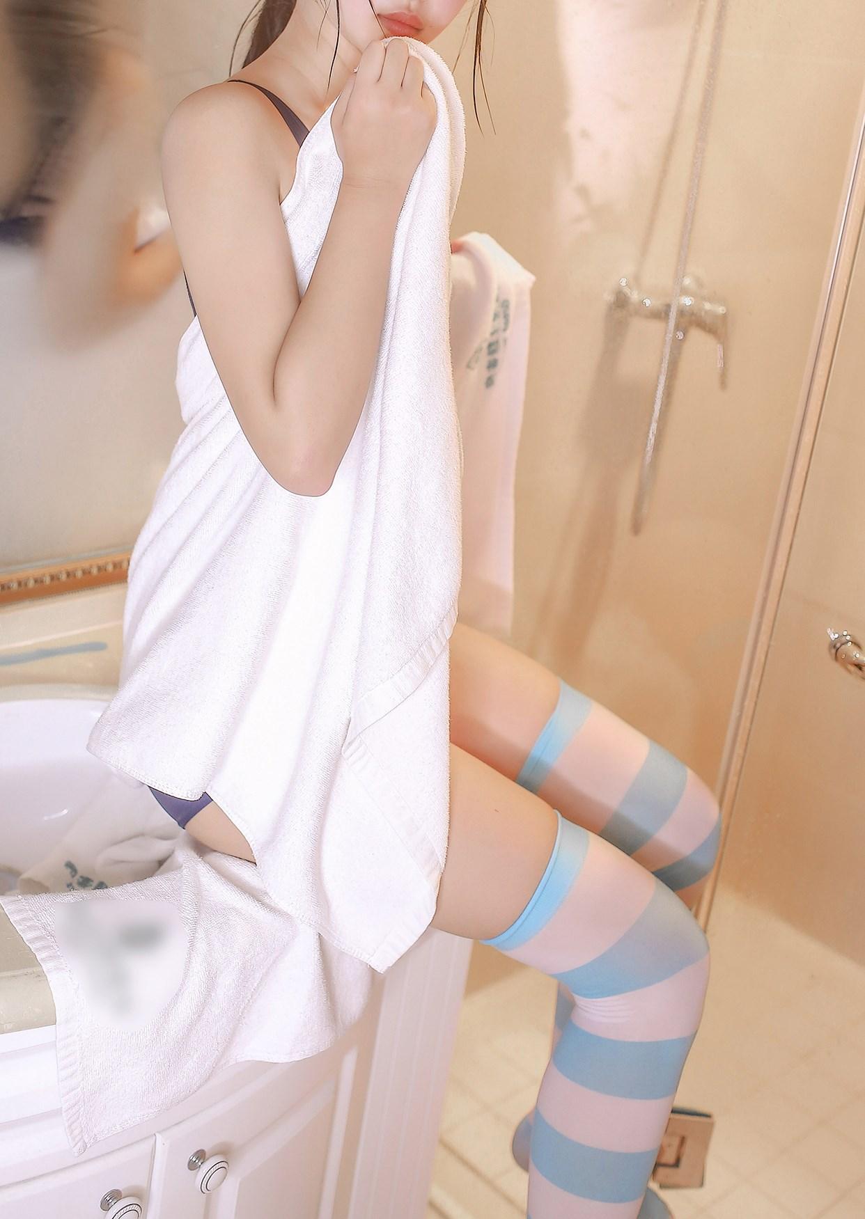 【兔玩映画】浴室里的蓝白条纹 兔玩映画 第40张