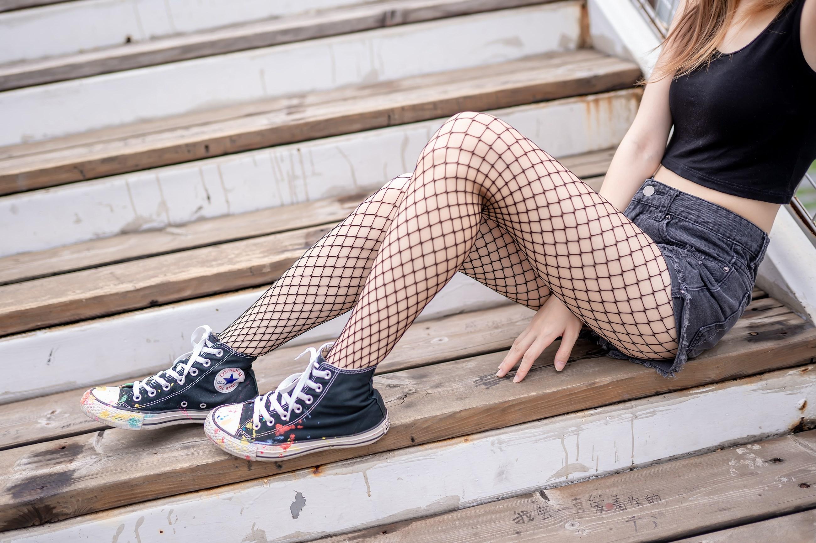 【兔玩映画】超喜欢的黑网袜 兔玩映画 第38张