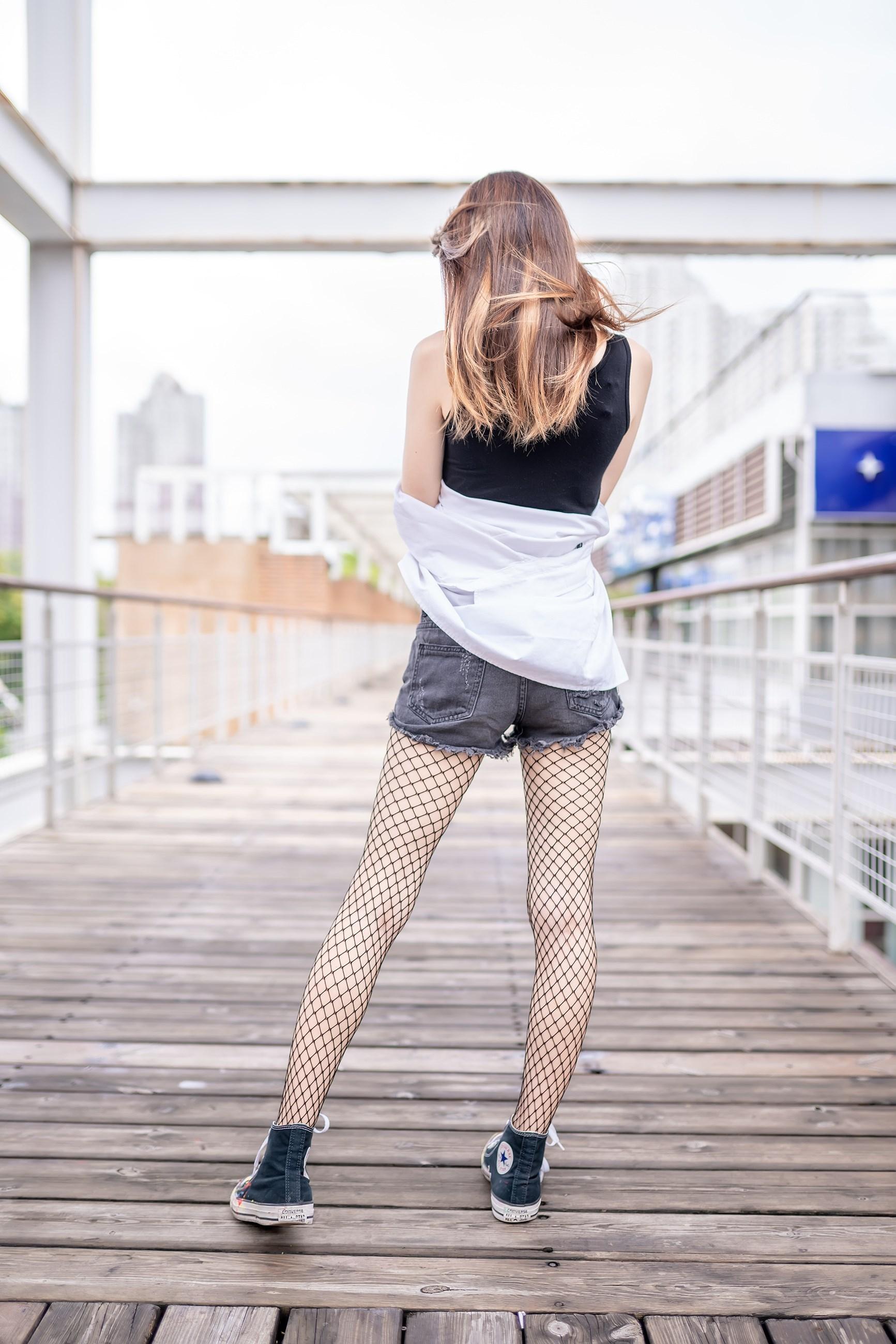 【兔玩映画】超喜欢的黑网袜 兔玩映画 第24张