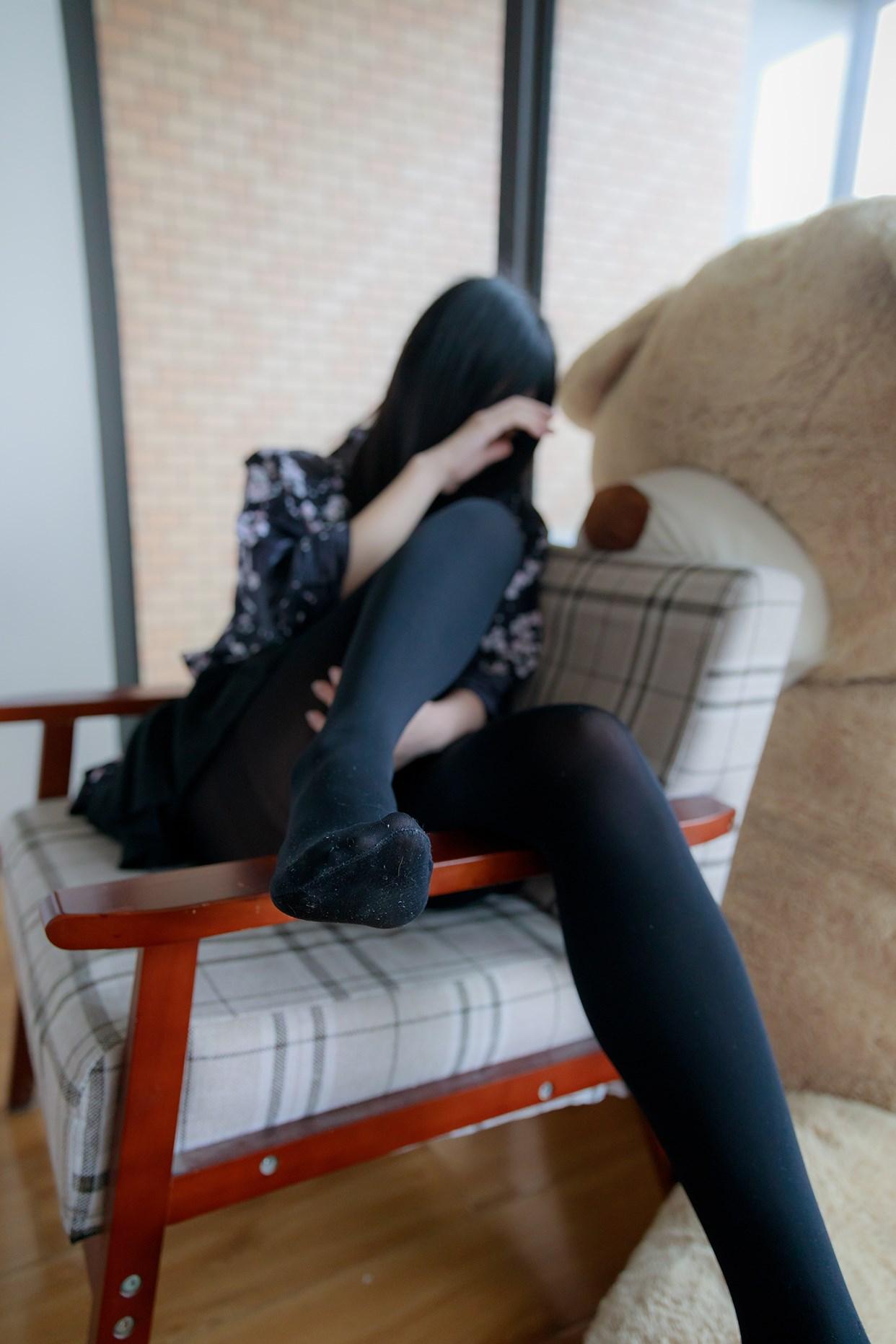 【兔玩映画】椅上的黑丝少女 兔玩映画 第40张