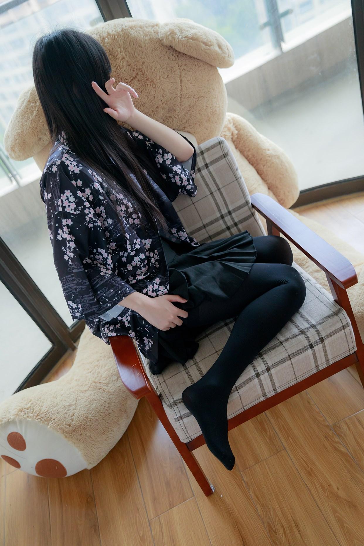 【兔玩映画】椅上的黑丝少女 兔玩映画 第31张