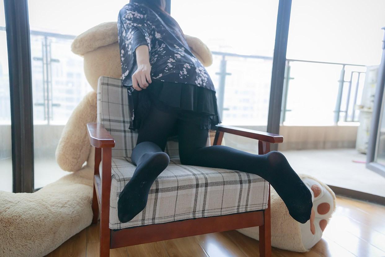 【兔玩映画】椅上的黑丝少女 兔玩映画 第29张