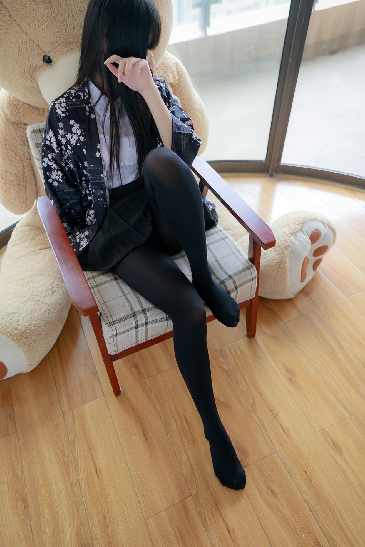 【兔玩映画】椅上的黑丝少女 兔玩映画 第28张