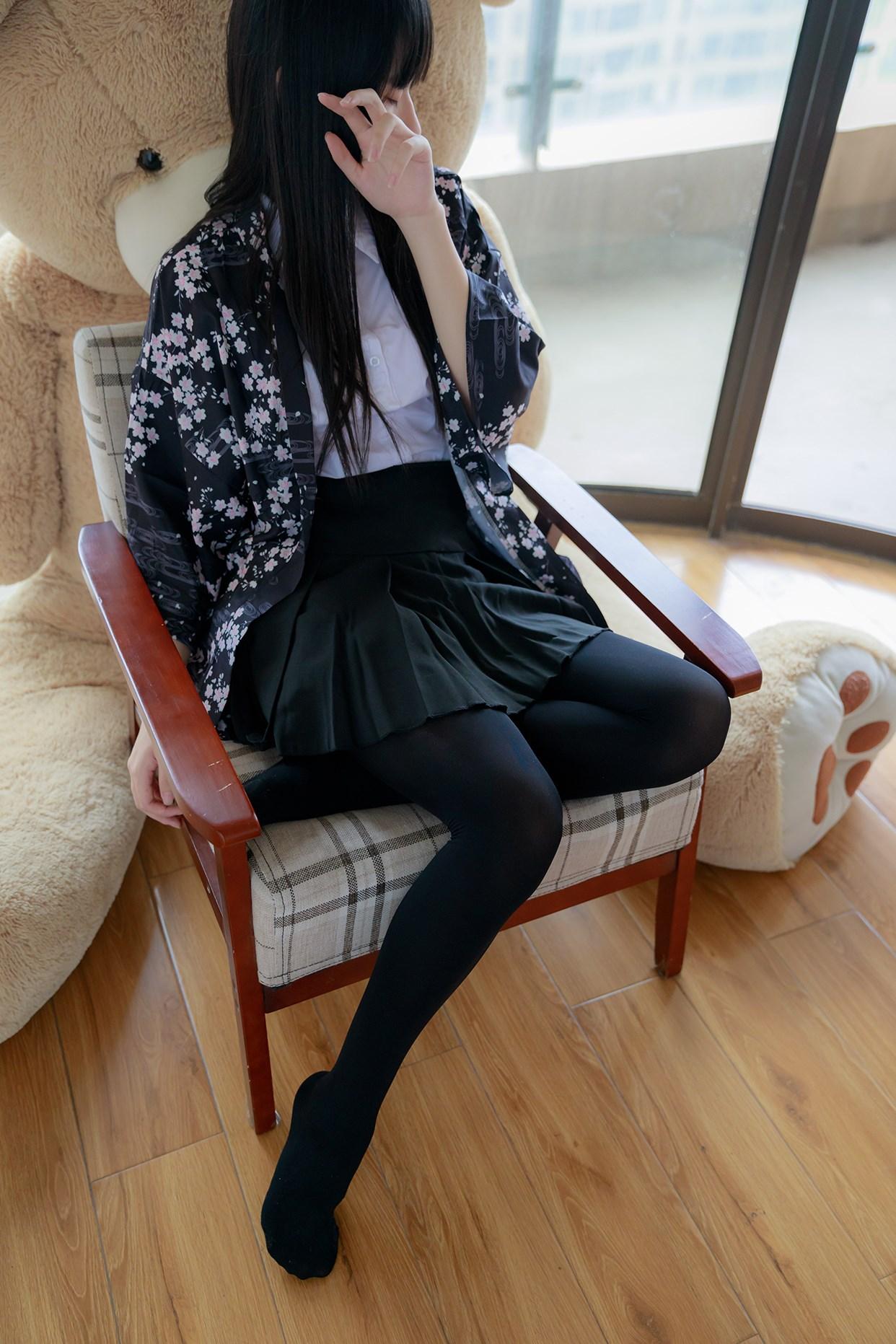 【兔玩映画】椅上的黑丝少女 兔玩映画 第22张
