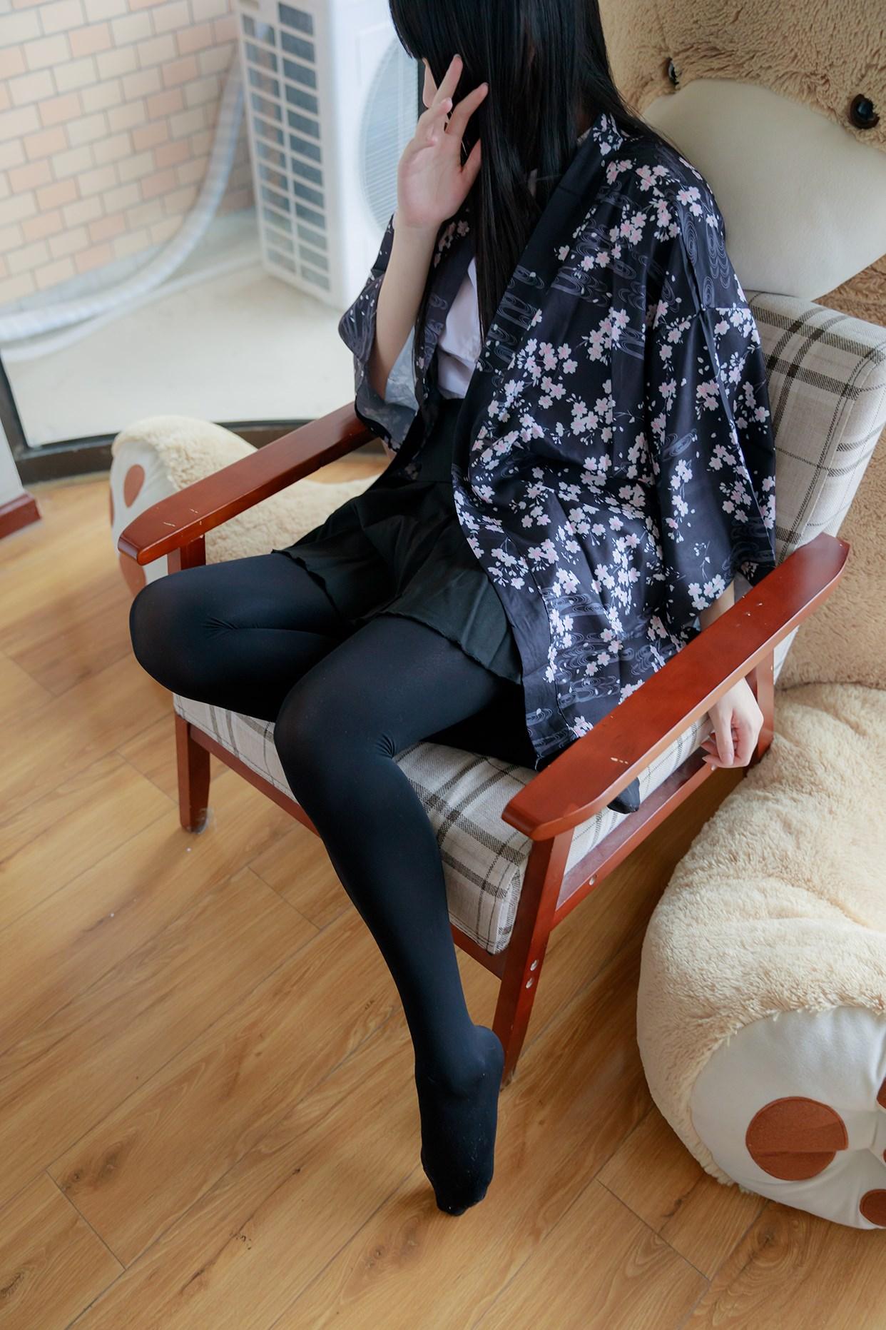 【兔玩映画】椅上的黑丝少女 兔玩映画 第19张