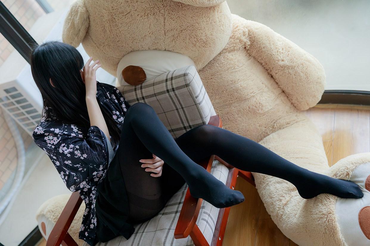 【兔玩映画】椅上的黑丝少女 兔玩映画 第3张