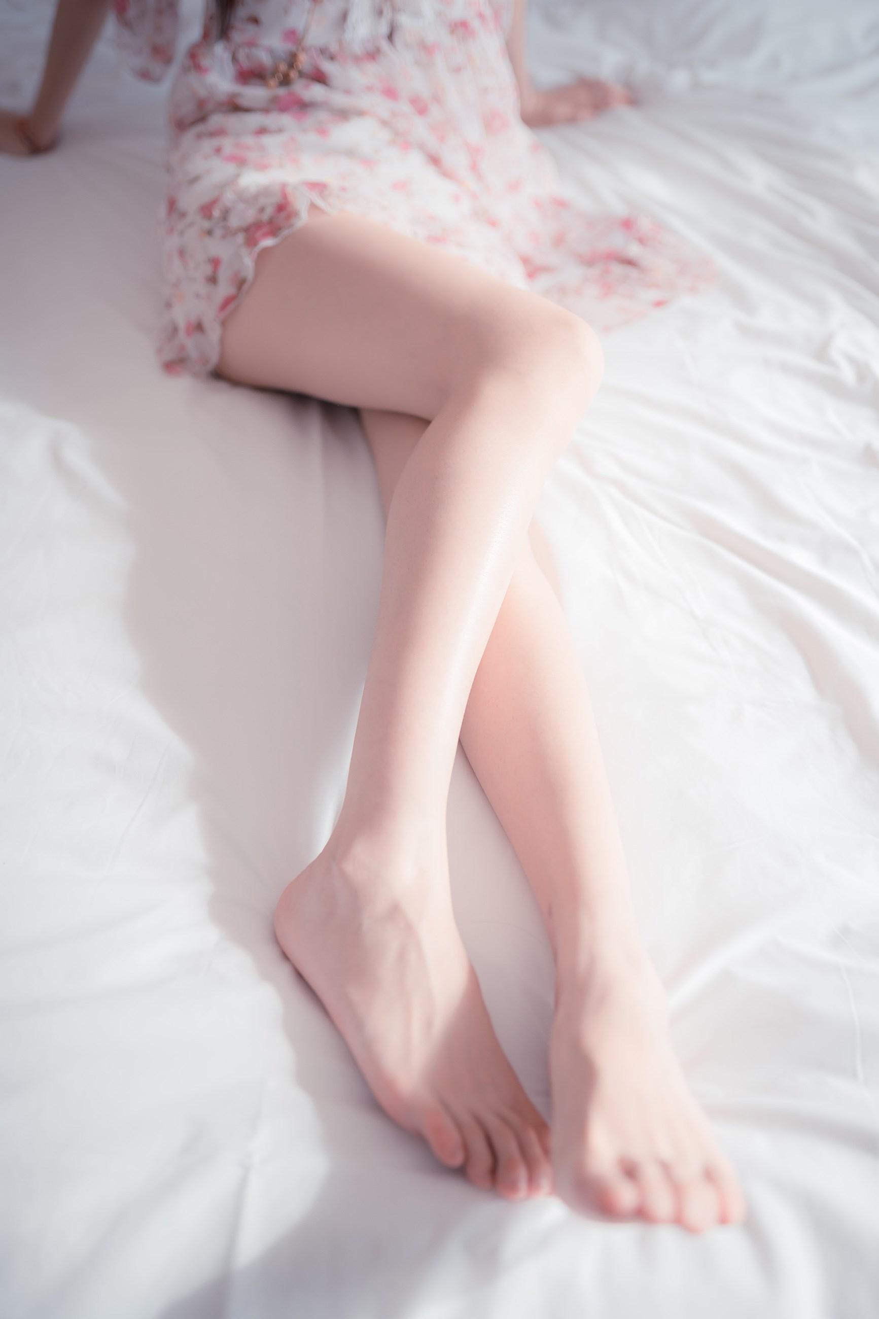 【兔玩映画】粉嫩嫩的小腿 兔玩映画 第3张