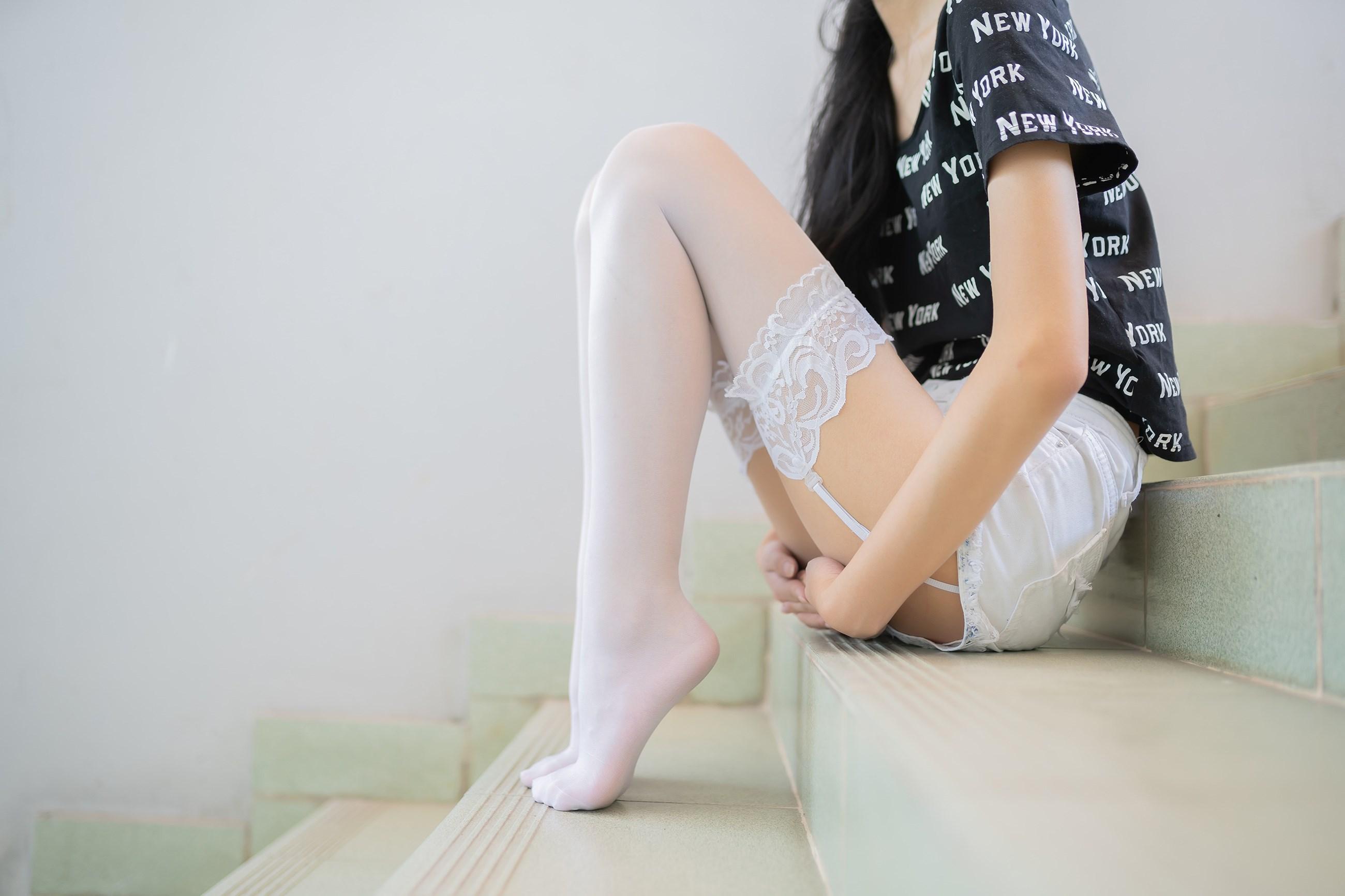 【兔玩映画】白丝吊带袜 兔玩映画 第20张