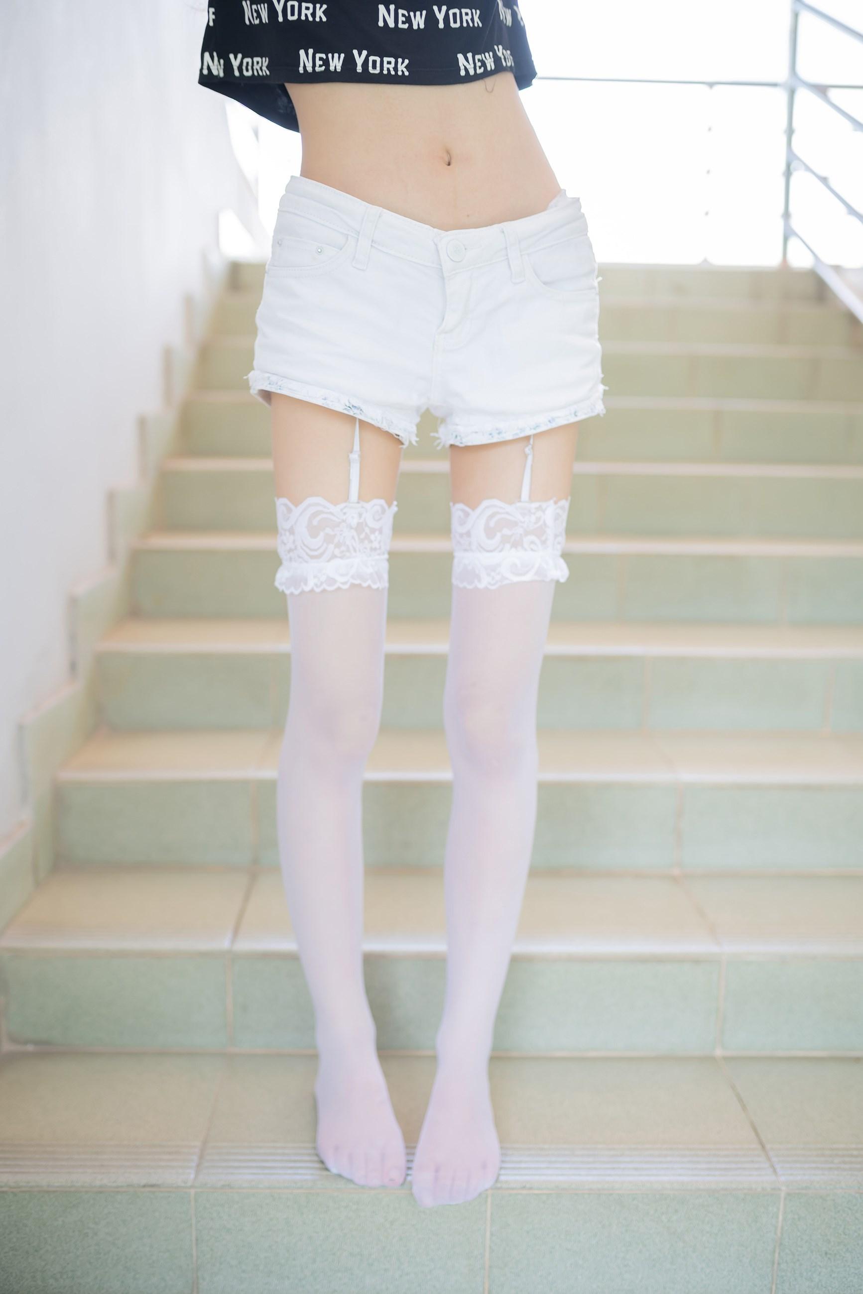 【兔玩映画】白丝吊带袜 兔玩映画 第11张