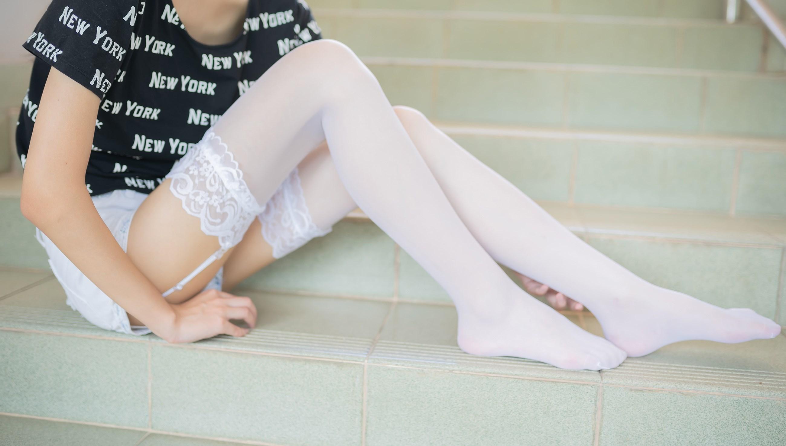 【兔玩映画】白丝吊带袜 兔玩映画 第7张