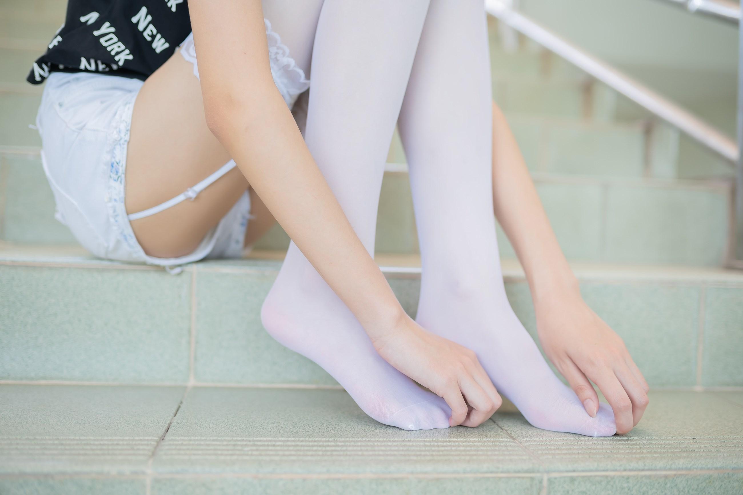 【兔玩映画】白丝吊带袜 兔玩映画 第23张
