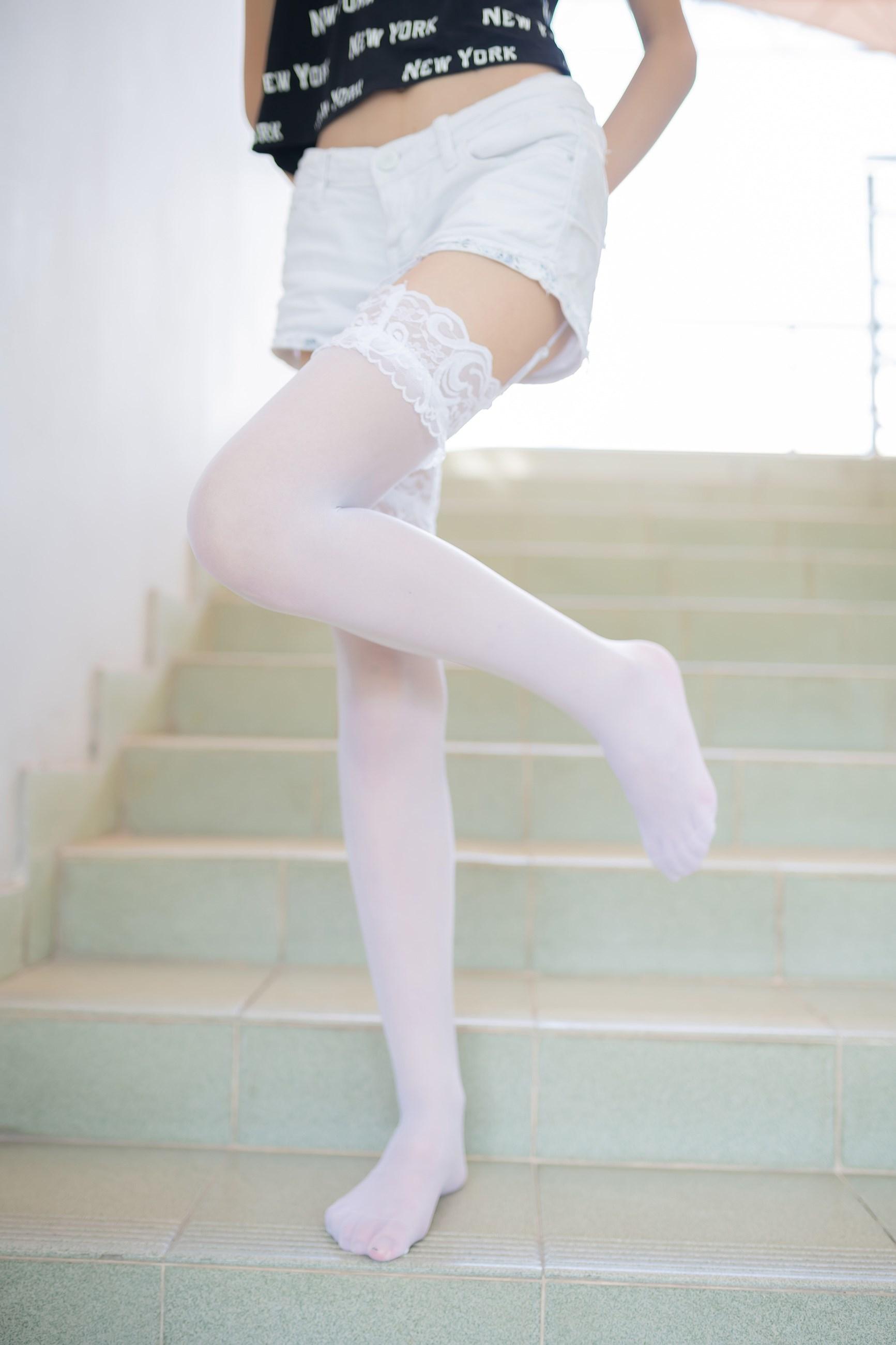 【兔玩映画】白丝吊带袜 兔玩映画 第14张