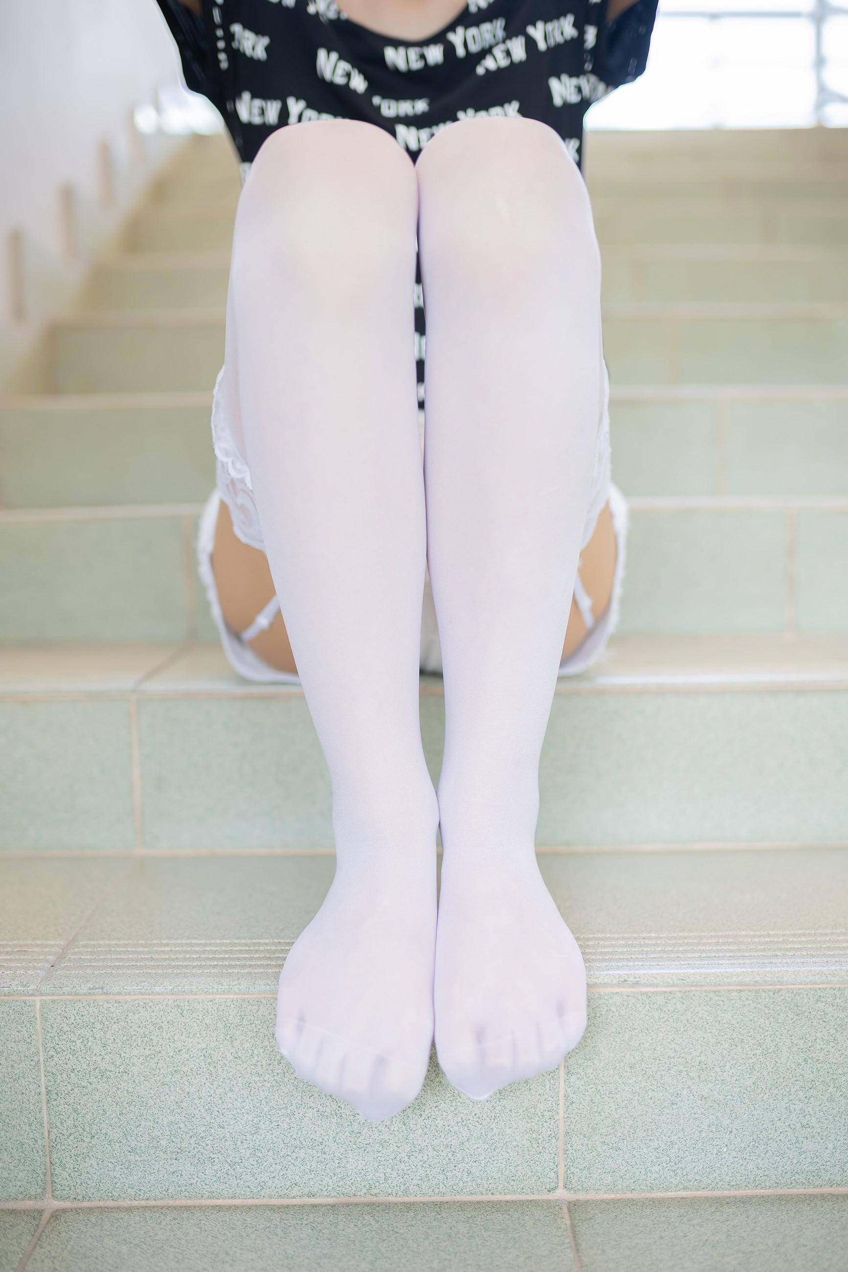 【兔玩映画】白丝吊带袜 兔玩映画 第9张