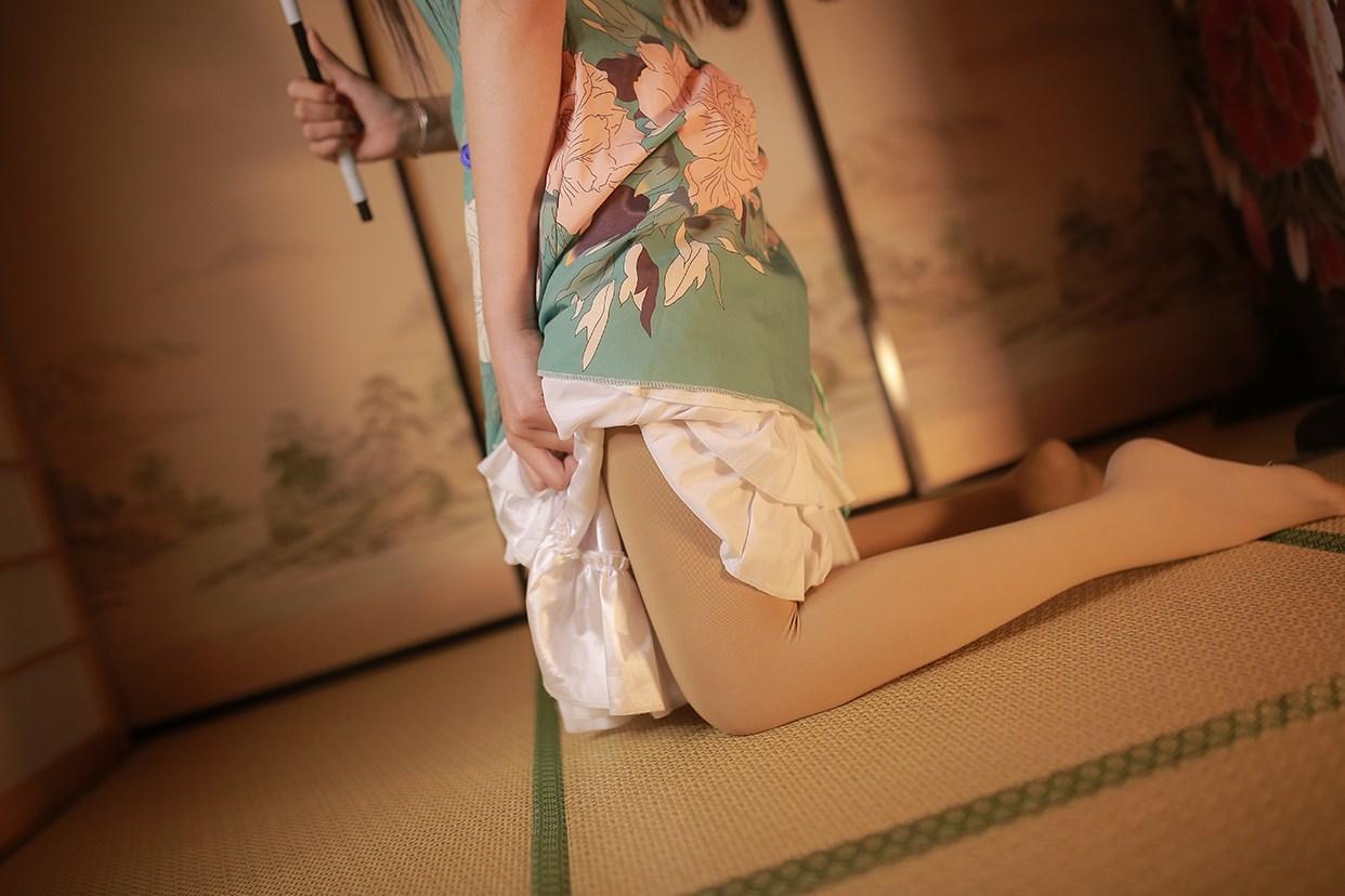 【兔玩映画】伞下的旗袍少女 兔玩映画 第2张