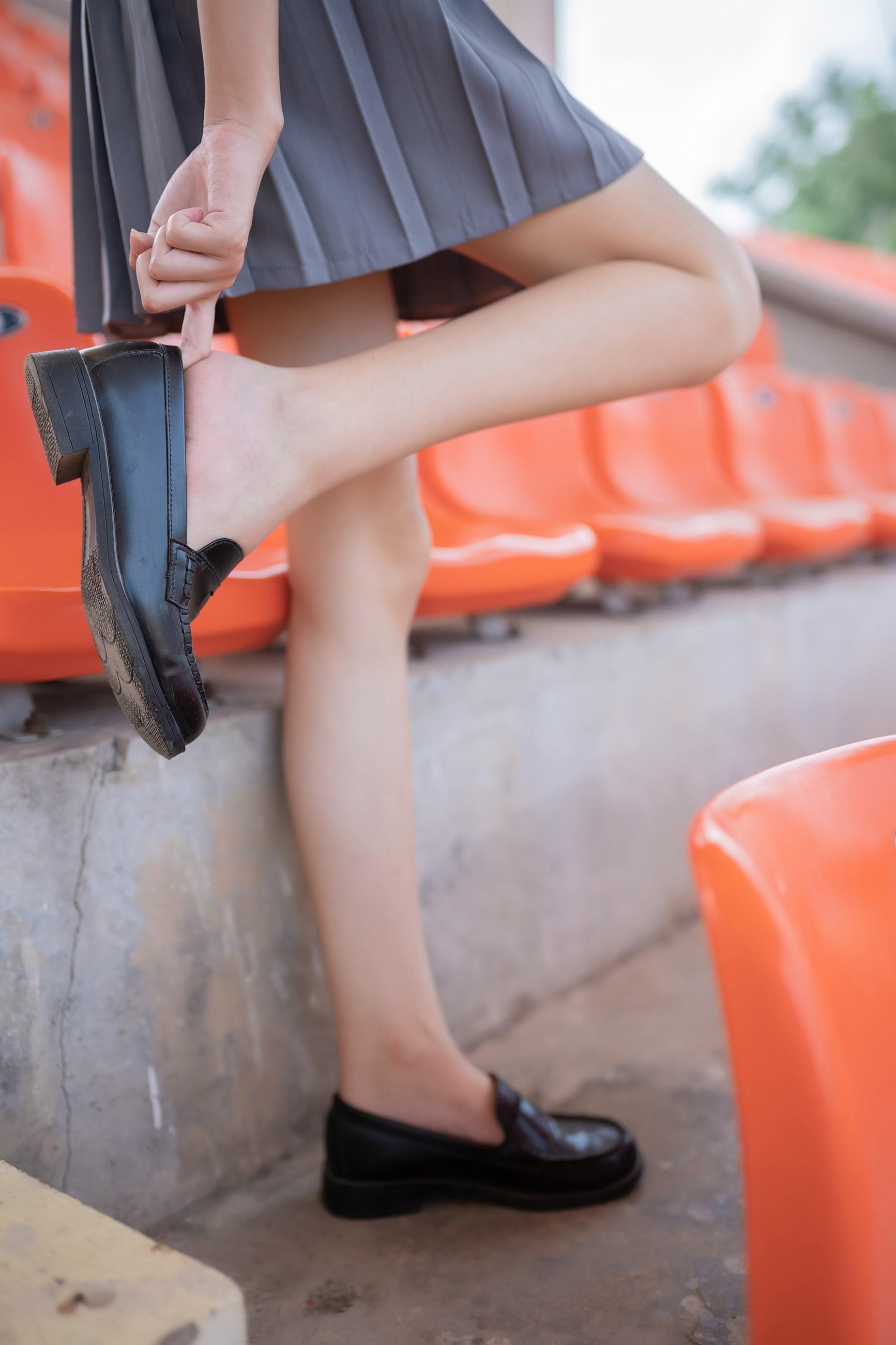 【兔玩映画】看台上的果腿少女 兔玩映画 第28张