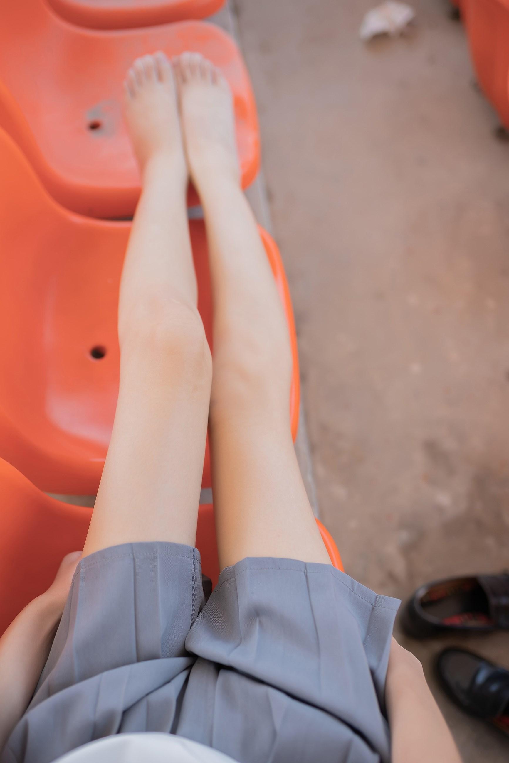【兔玩映画】看台上的果腿少女 兔玩映画 第22张