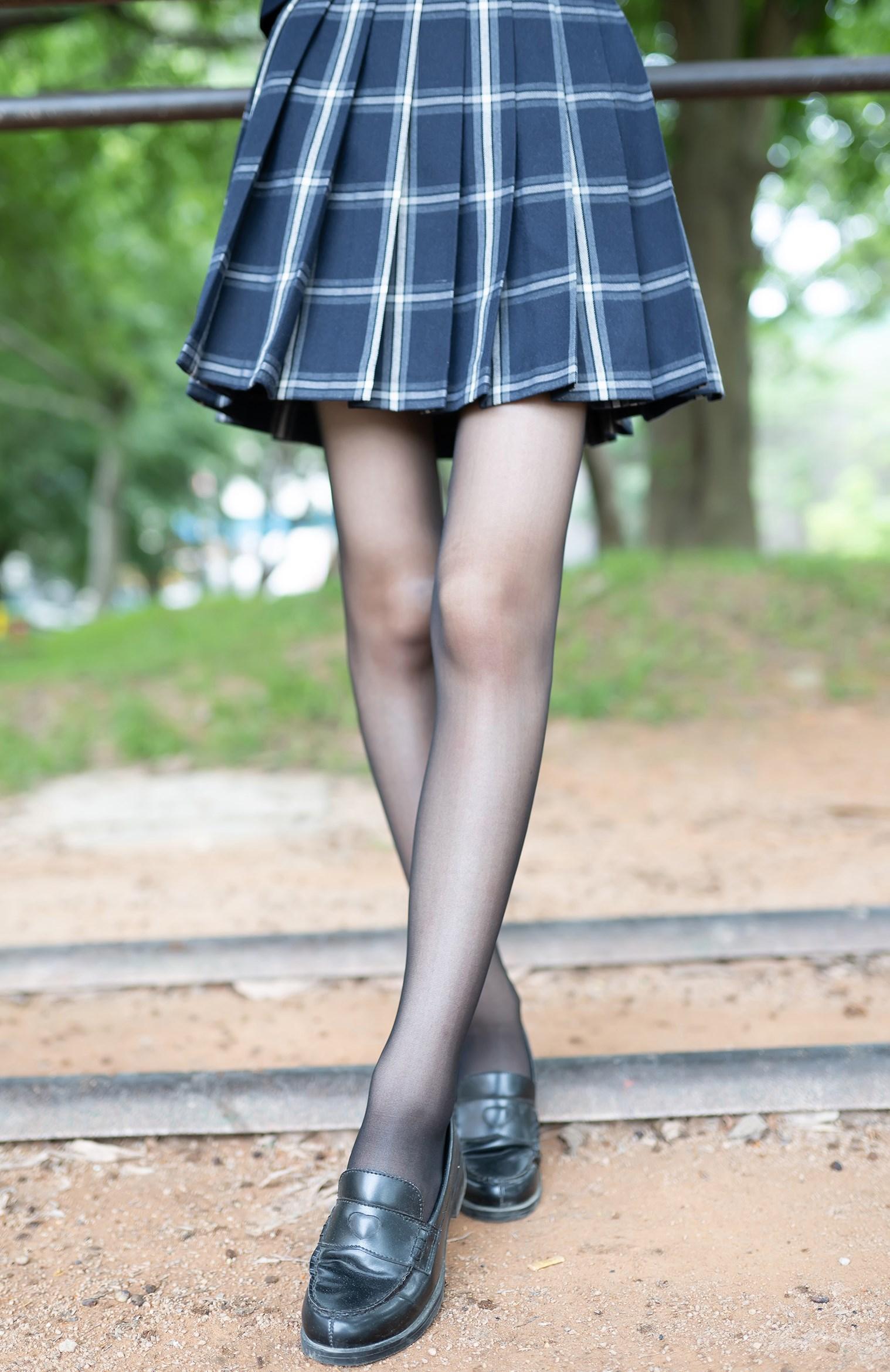 【兔玩映画】格裙黑丝 兔玩映画 第16张