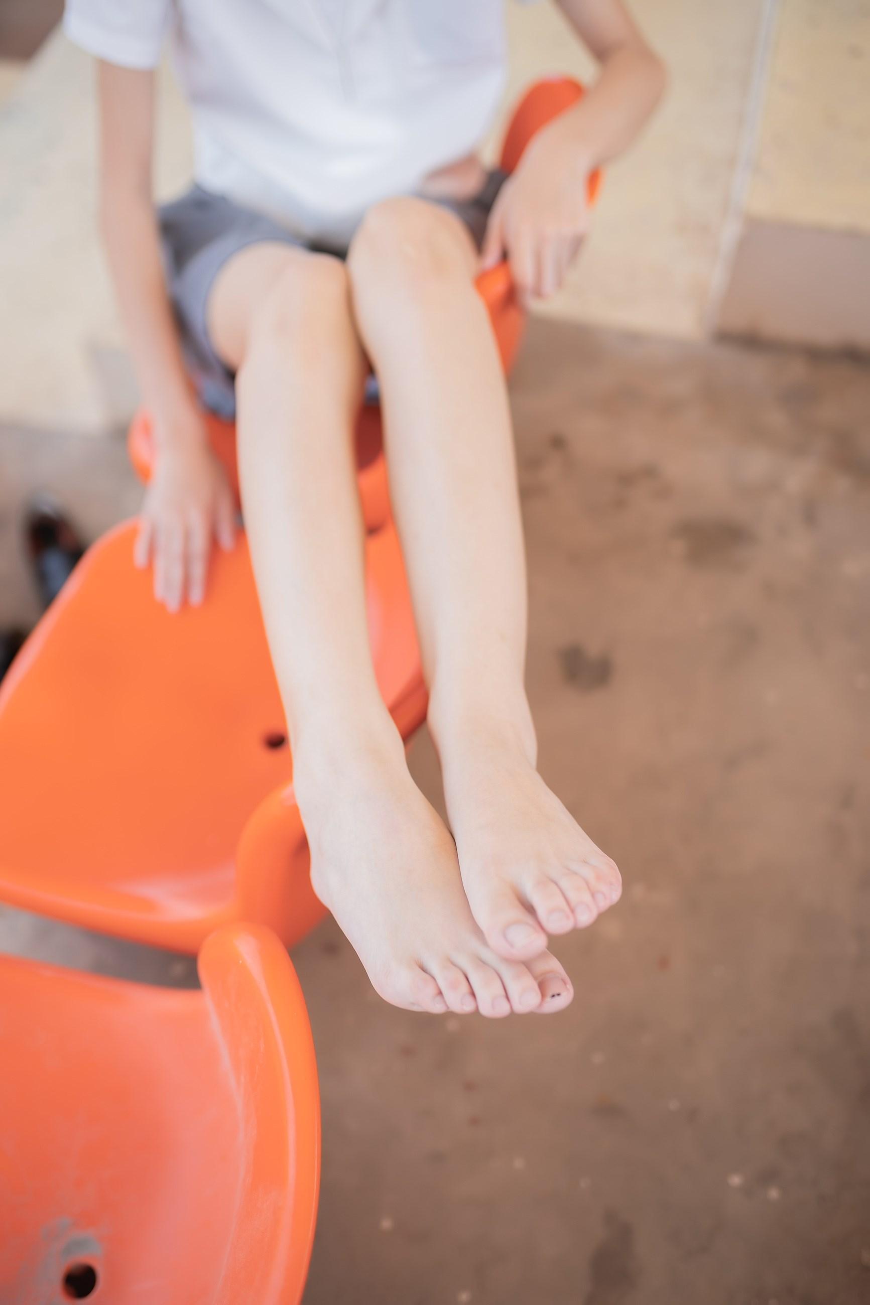 【兔玩映画】看台上的果腿少女 兔玩映画 第8张