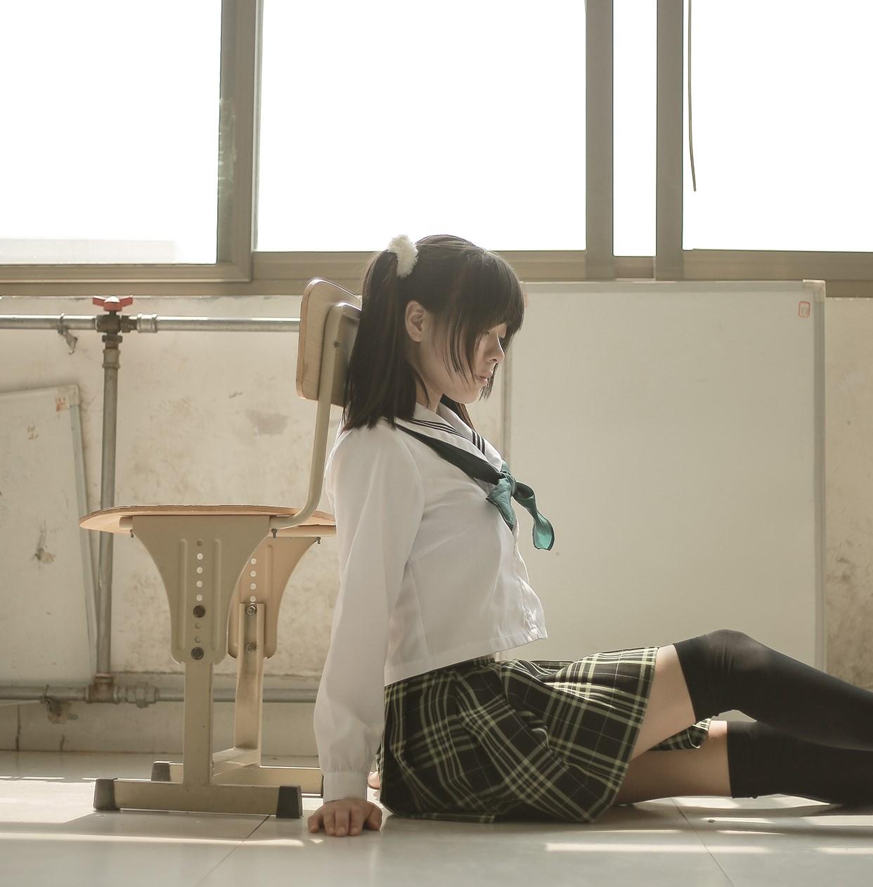 【兔玩映画】教室里的双马尾JK 兔玩映画 第22张