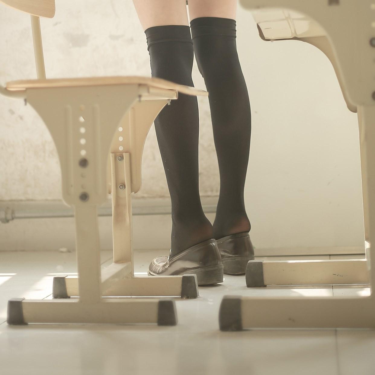 【兔玩映画】教室里的双马尾JK 兔玩映画 第20张