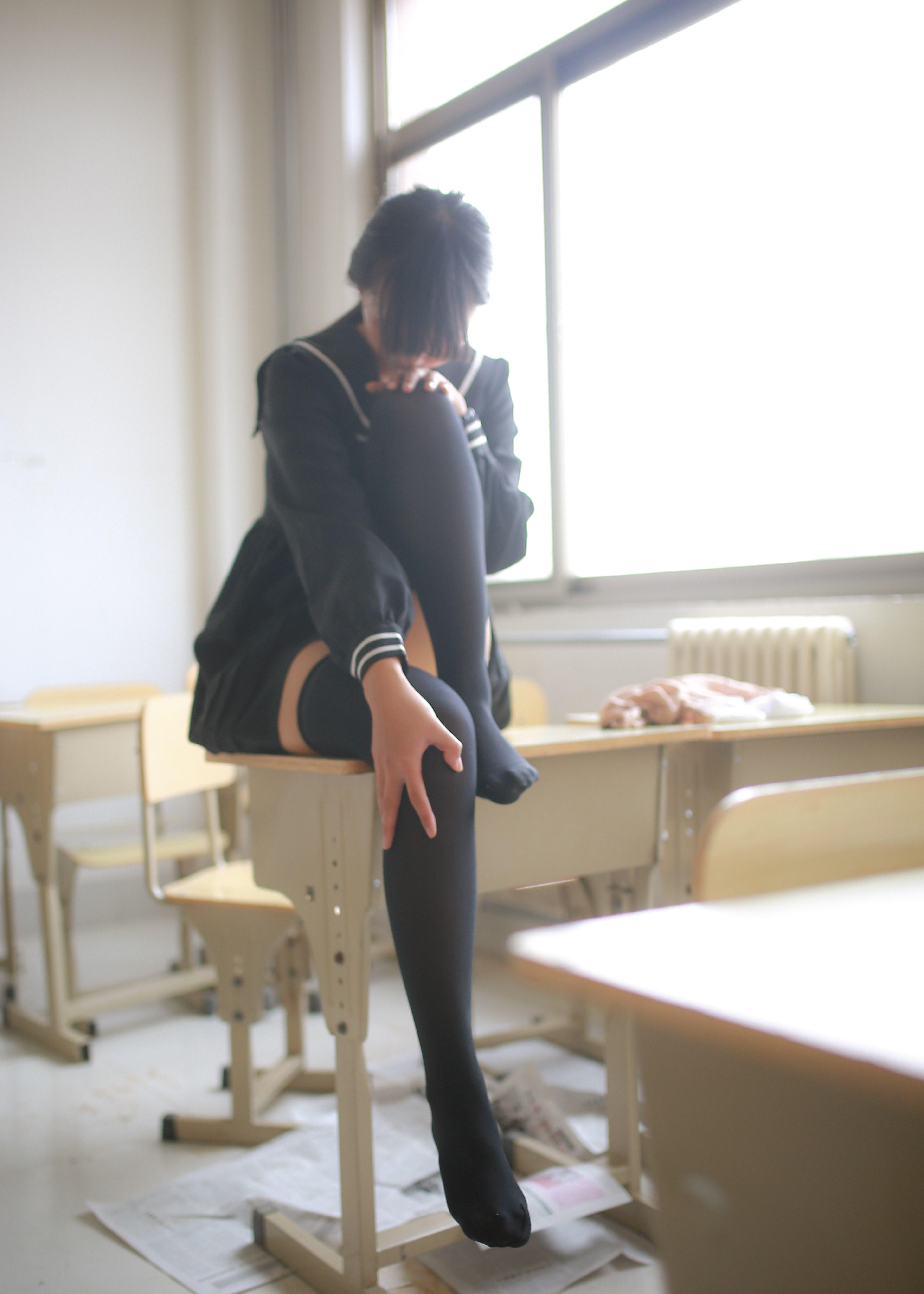 【兔玩映画】教室里的美腿诱惑 兔玩映画 第31张