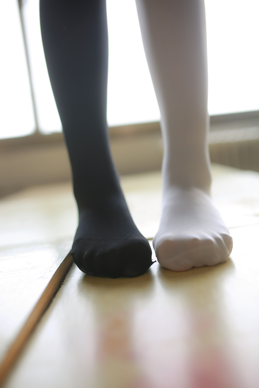 【兔玩映画】教室里的美腿诱惑 兔玩映画 第12张