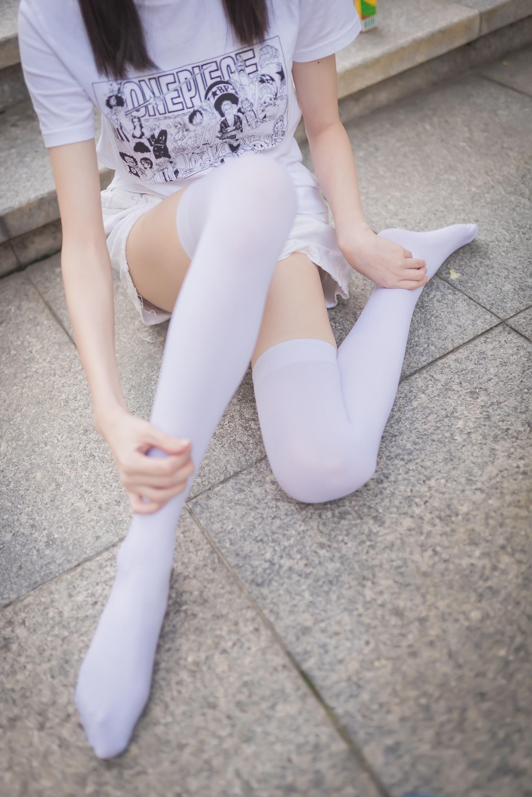 【兔玩映画】白丝过膝袜 兔玩映画 第5张