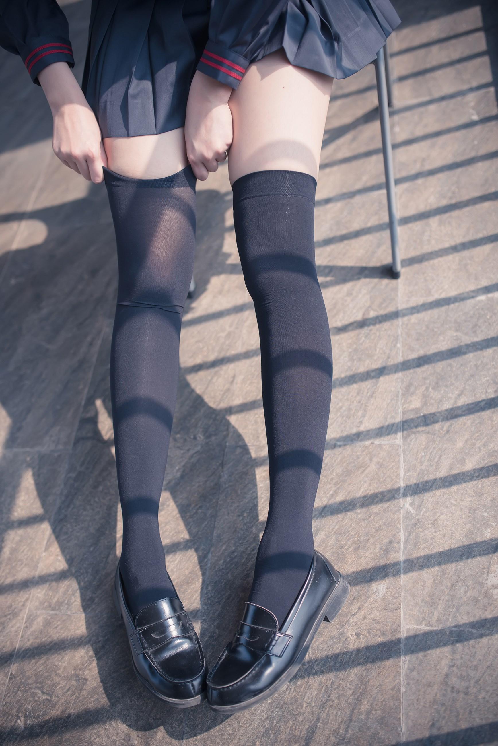 【兔玩映画】黑丝过膝袜 兔玩映画 第20张