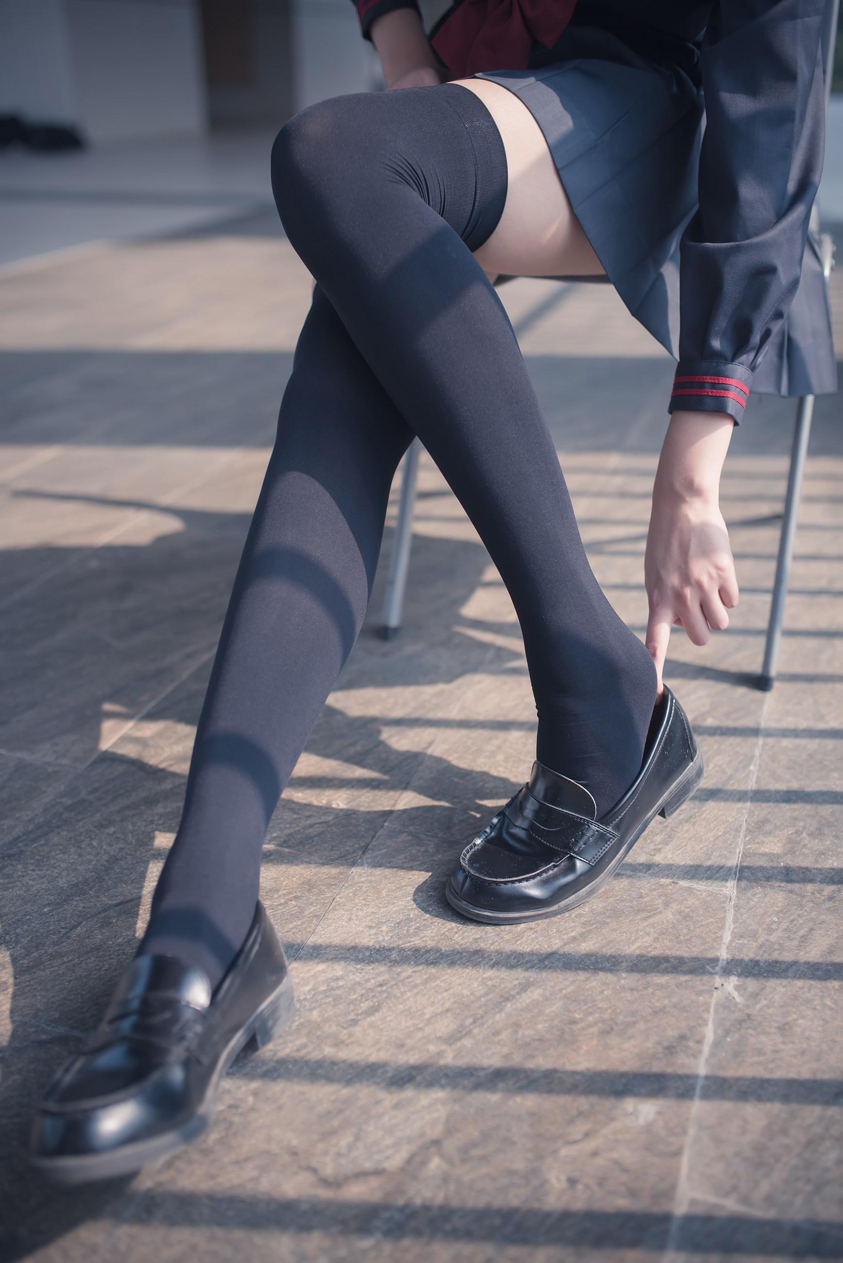 【兔玩映画】黑丝过膝袜 兔玩映画 第19张