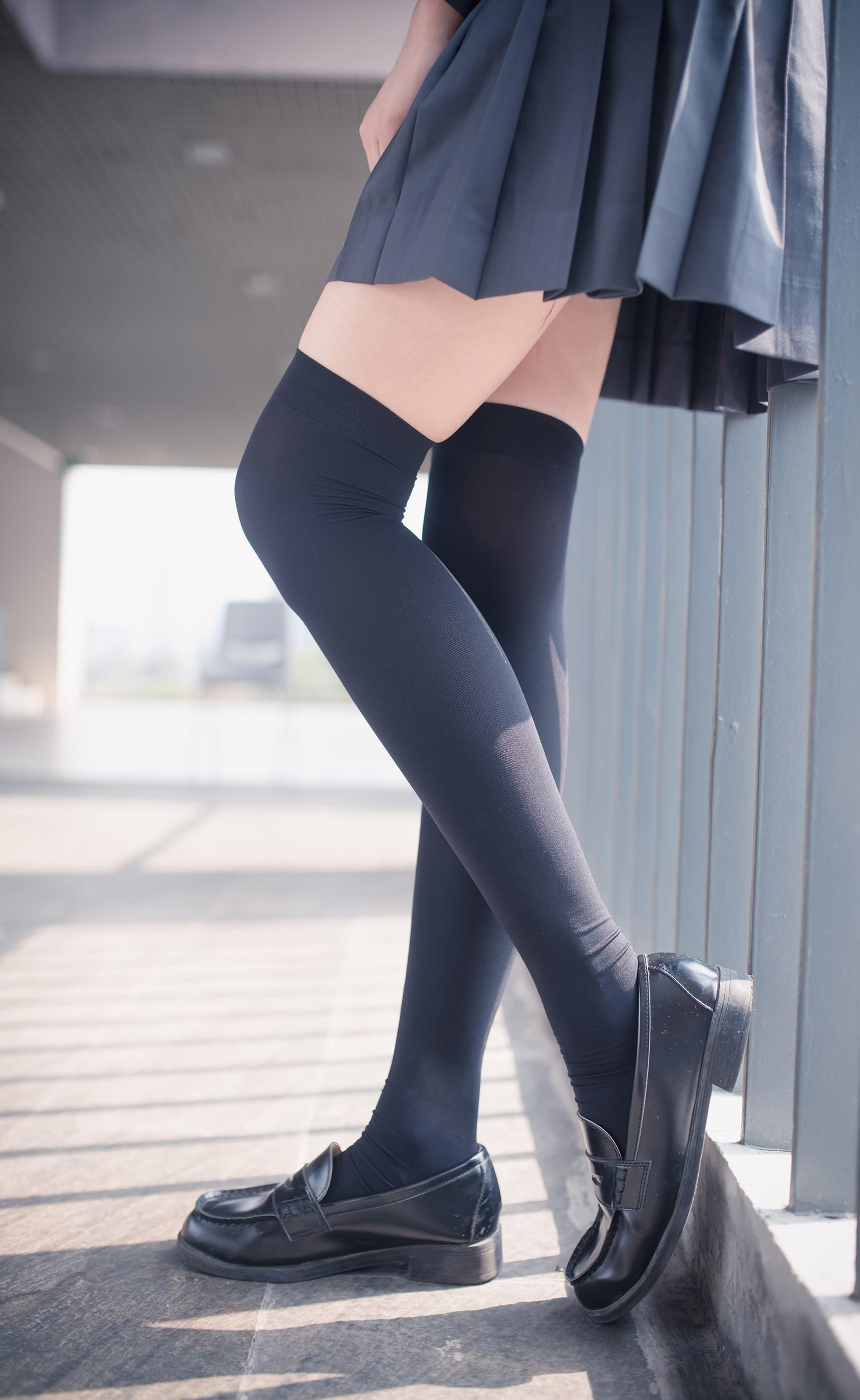 【兔玩映画】黑丝过膝袜 兔玩映画 第9张