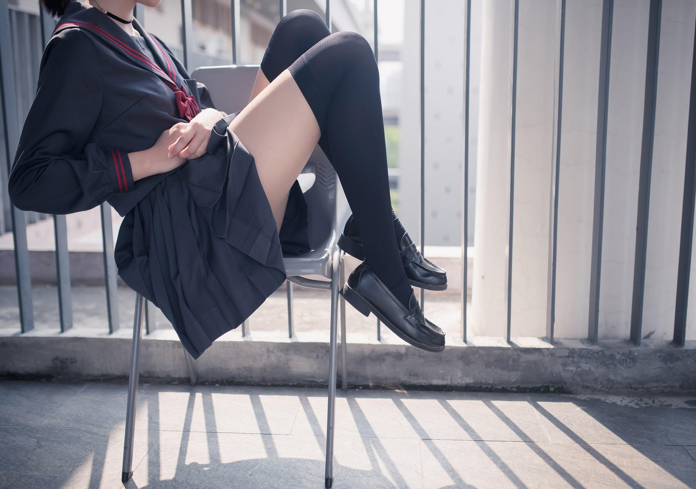 【兔玩映画】黑丝过膝袜 兔玩映画 第6张