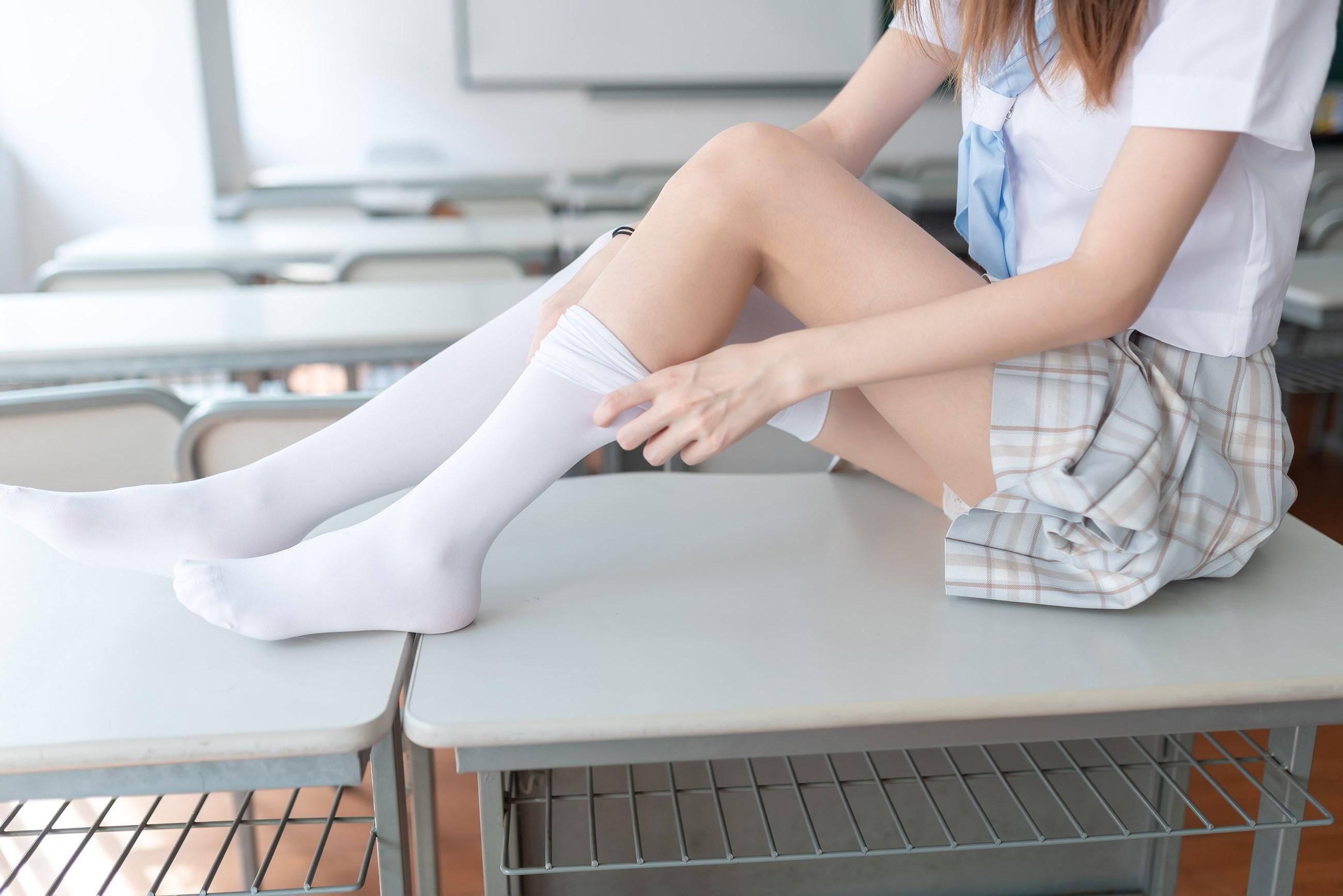 【兔玩映画】不要躺在课桌上 兔玩映画 第32张