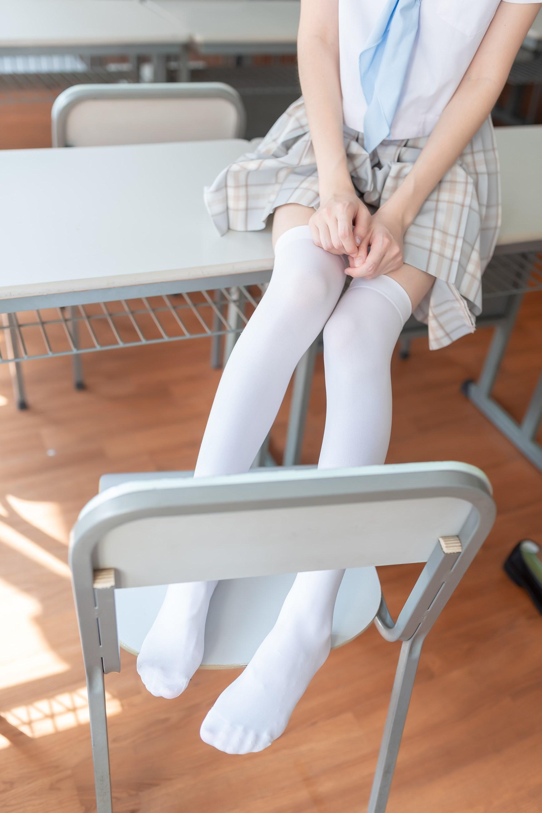 【兔玩映画】不要躺在课桌上 兔玩映画 第26张