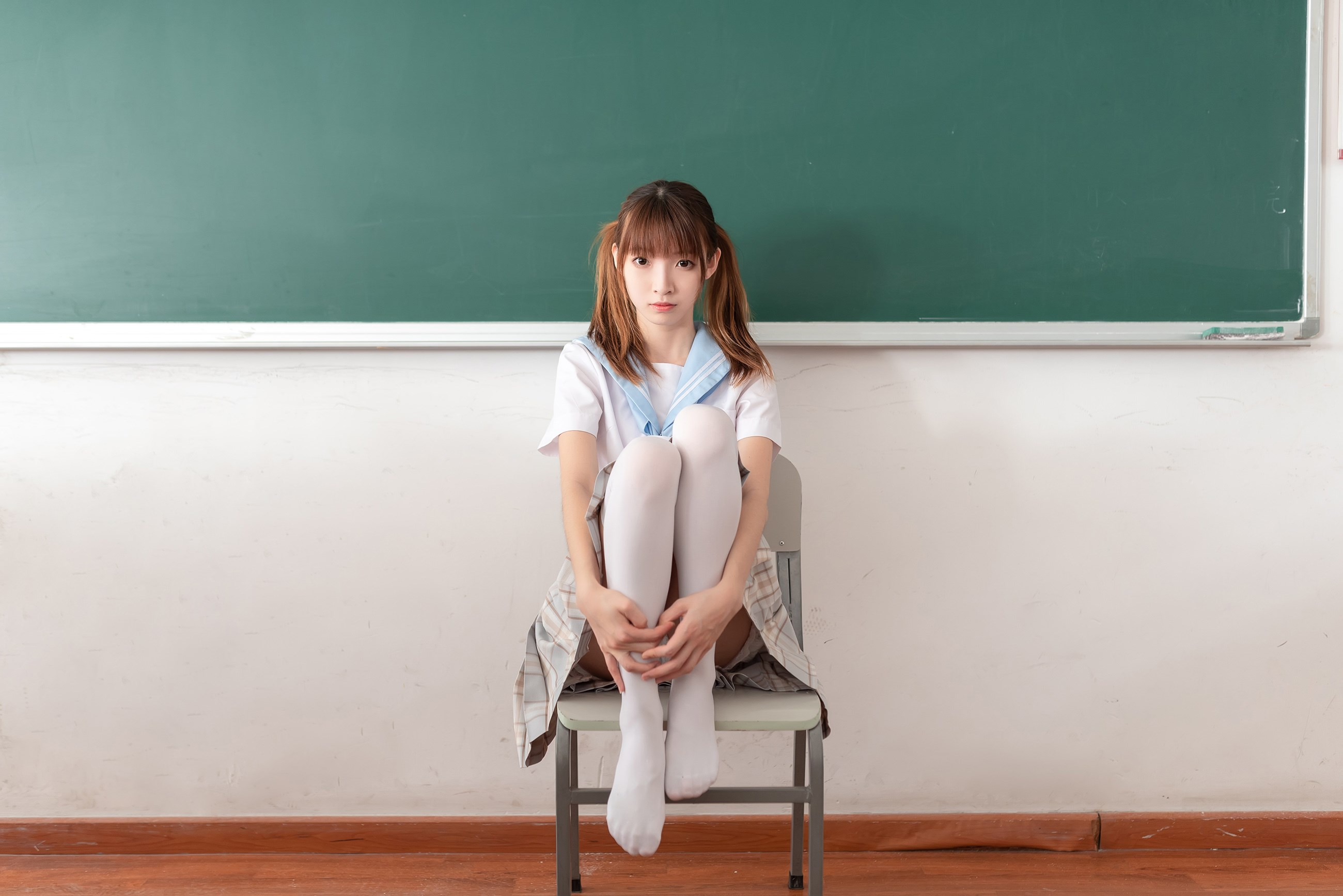 【兔玩映画】不要躺在课桌上 兔玩映画 第12张