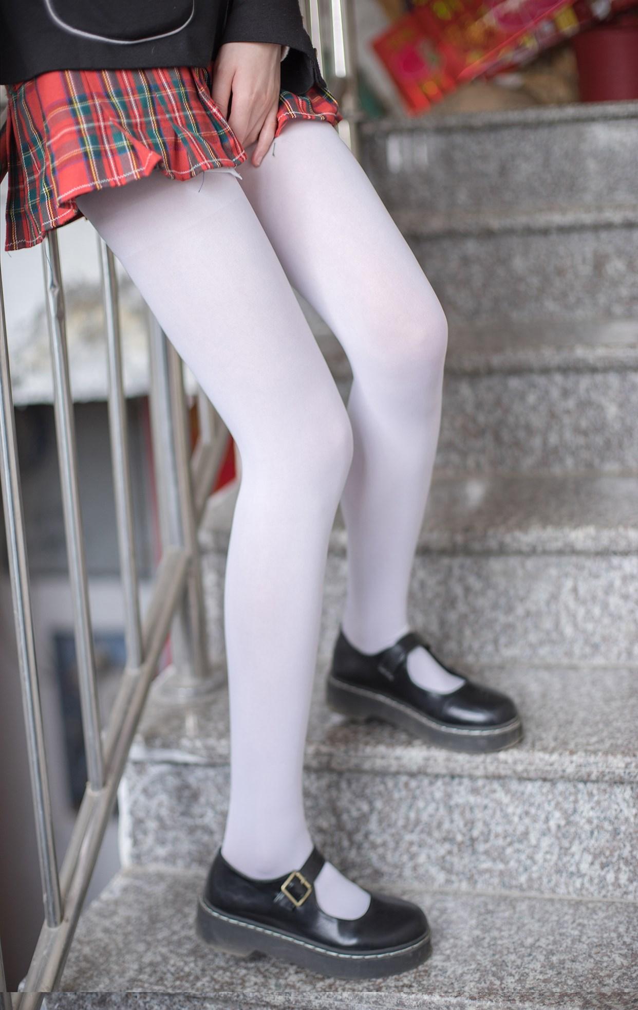 【兔玩映画】白丝萝莉腿竟然这么长! 兔玩映画 第22张