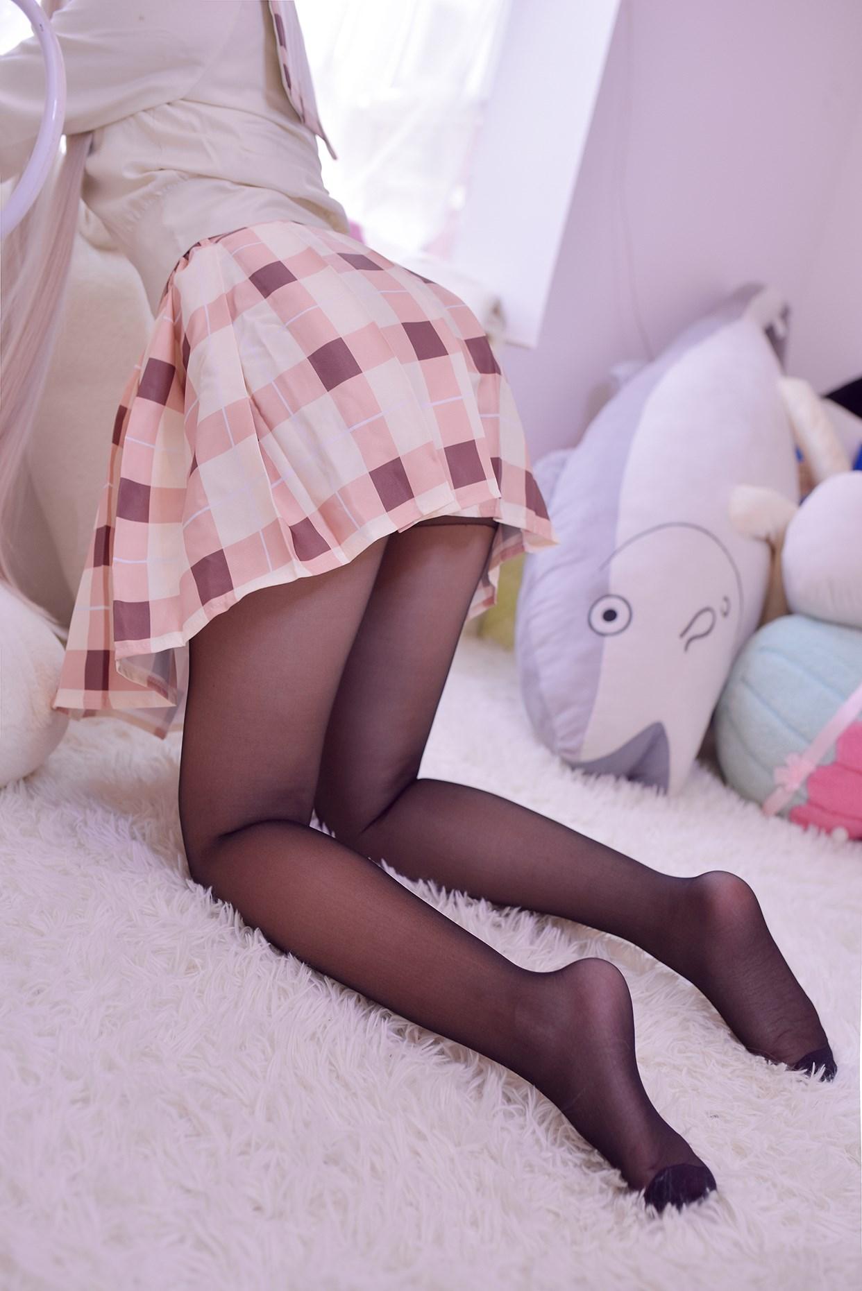 【兔玩映画】穹妹校服 兔玩映画 第2张