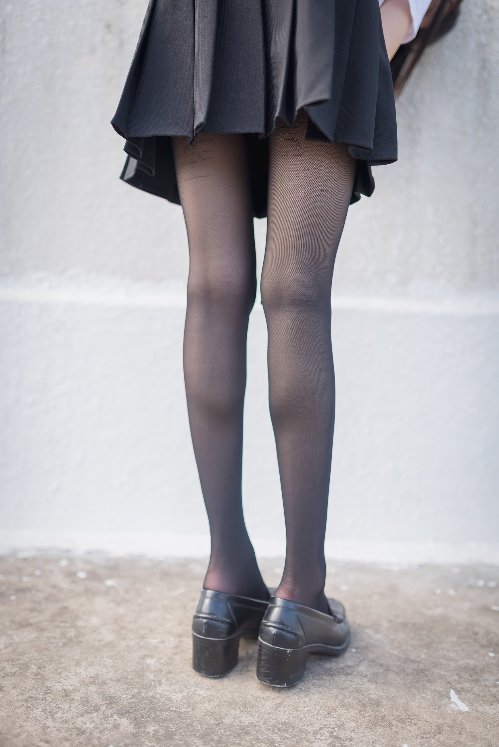 【兔玩映画】天台的黑丝少女 兔玩映画 第28张